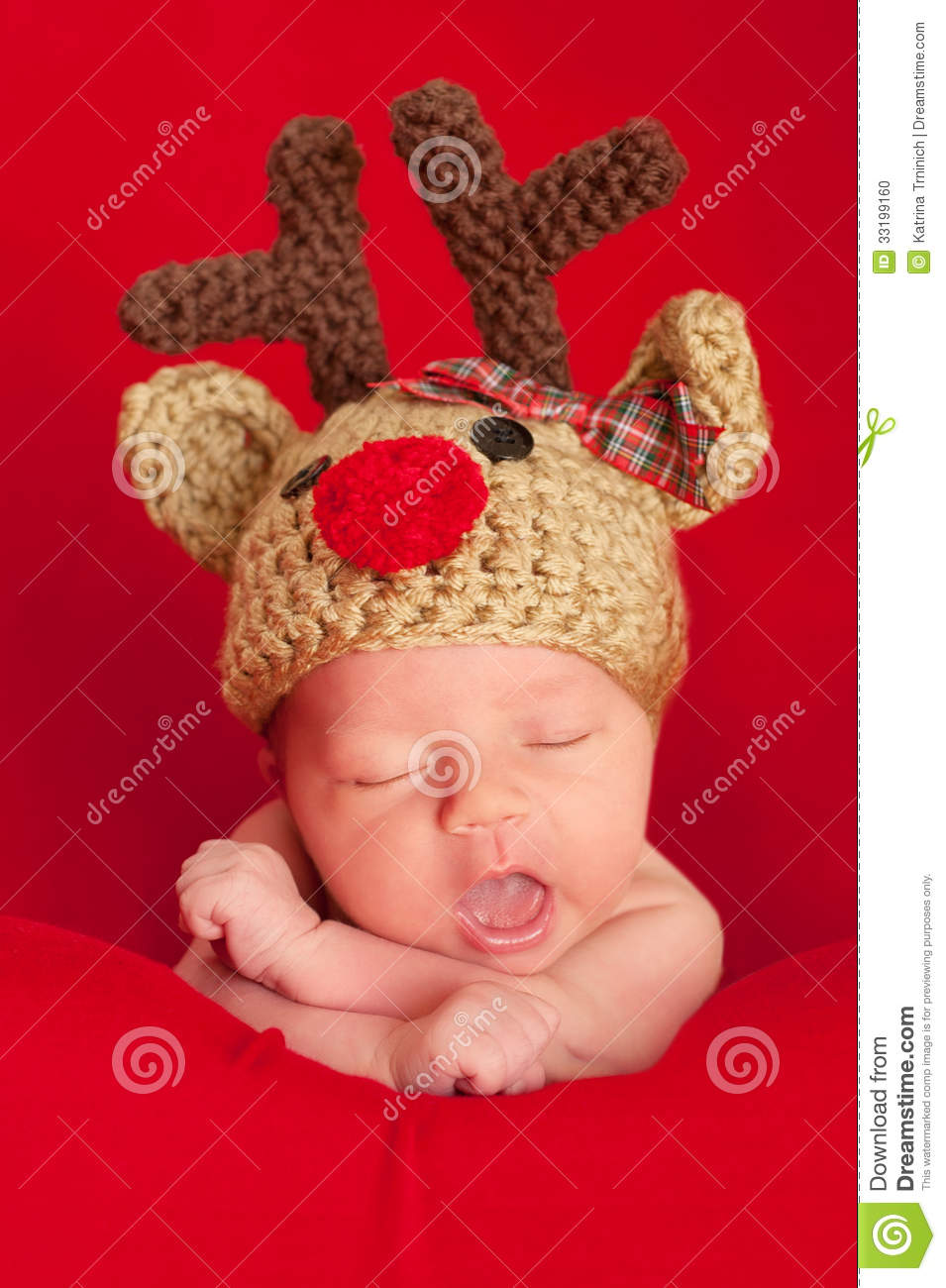 d671ca2db719d Newborn Baby Wearing A Red-Nosed Reindeer Hat Stock Photo - Image of ...