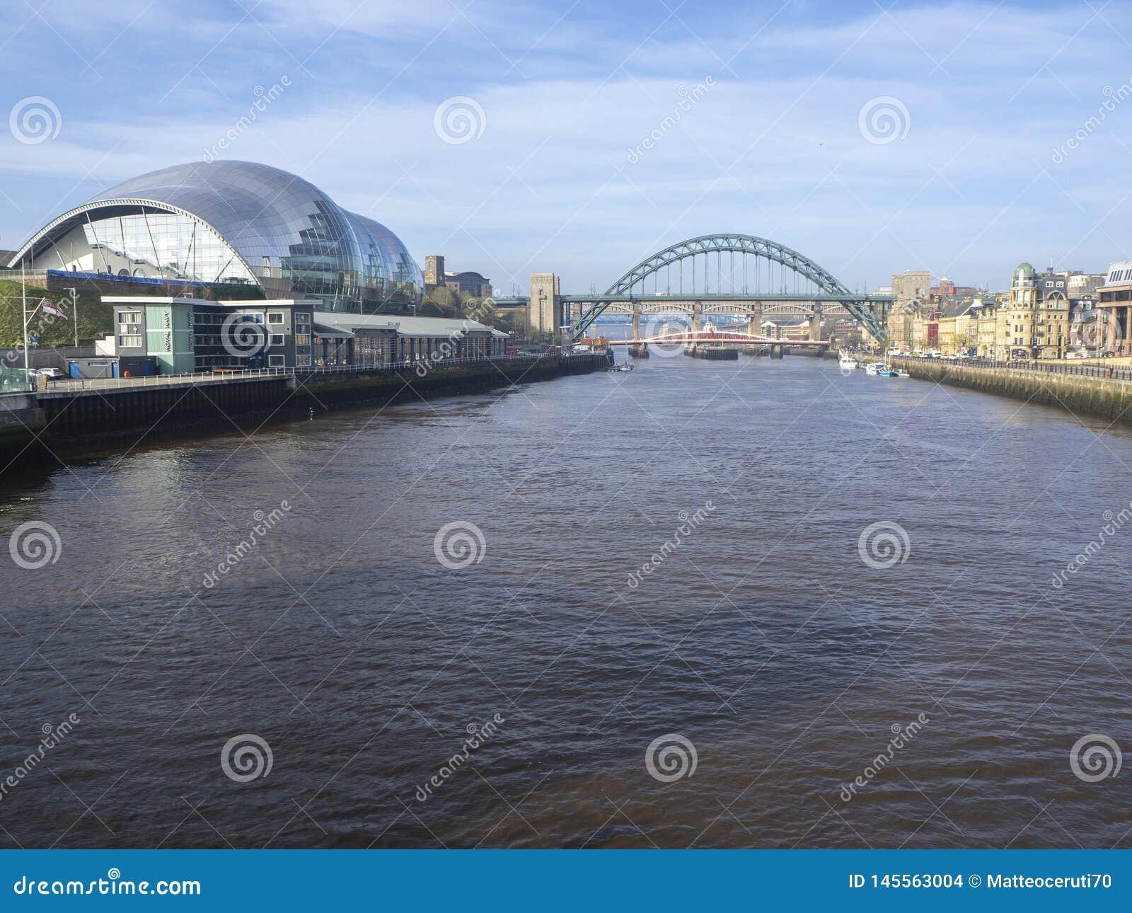 Newcastle p? Tyne, England, F?renade kungariket Sage Gateshead, en konsertm?tesplats och ocks? en mitt f?r musikalisk utbildning
