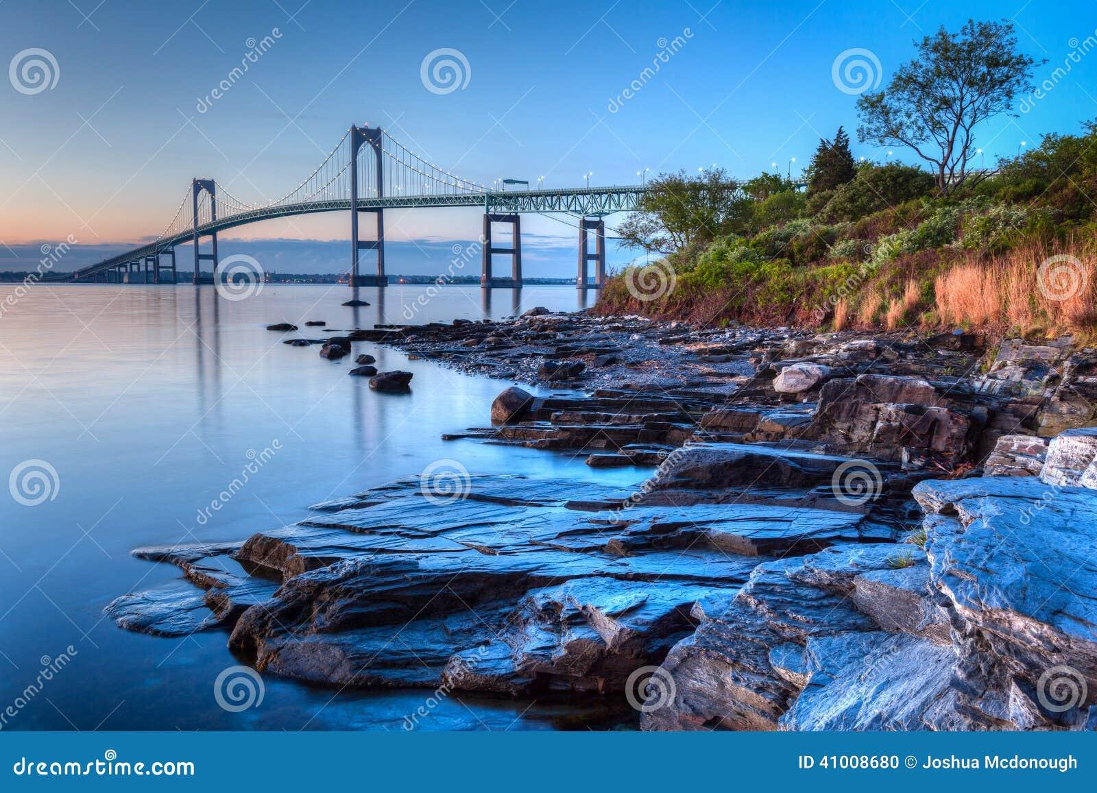 Newport mosta wschód słońca