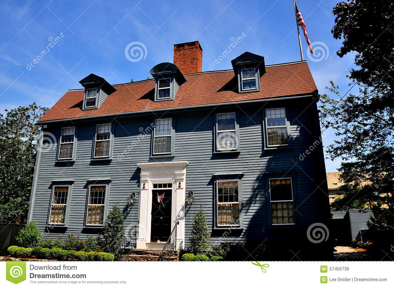 Newport ri easton 39 s point 18th century home editorial Century home builders