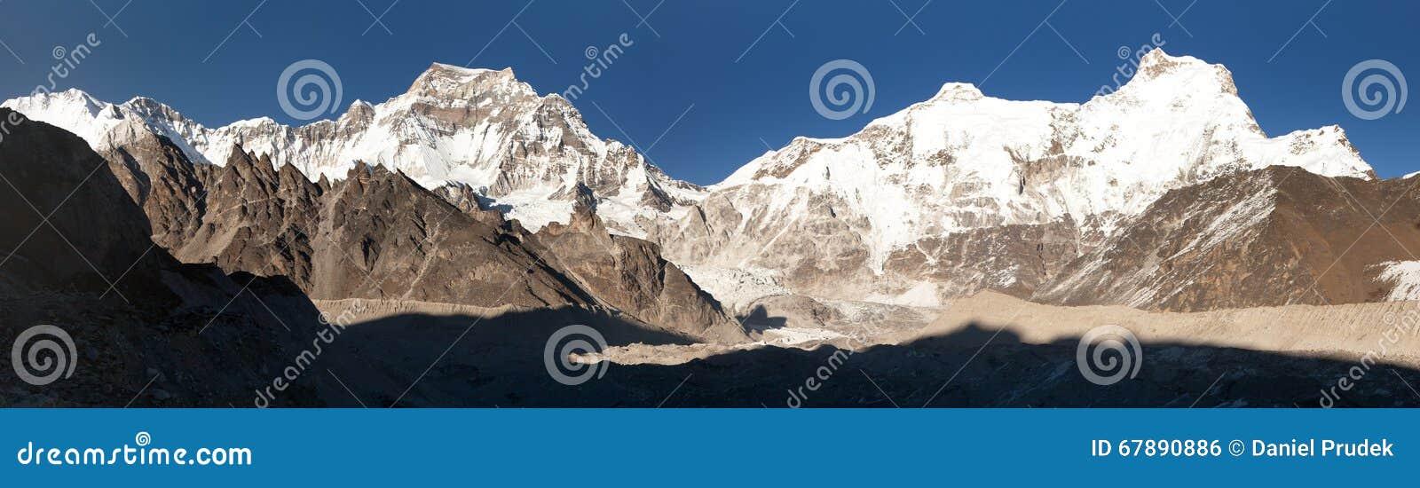 Ngozumba冰川和珠穆朗玛峰,尼泊尔