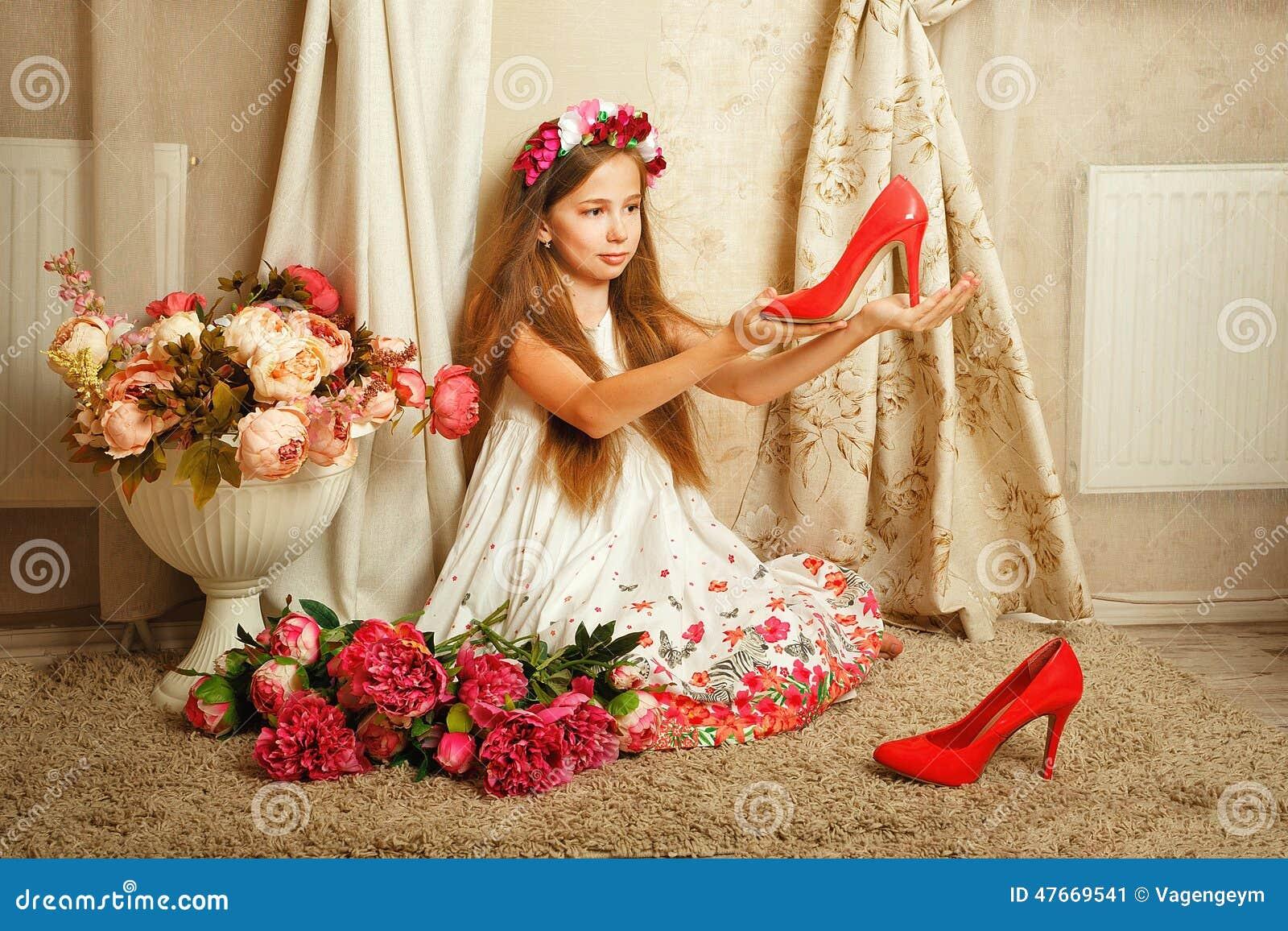 Niña con las flores