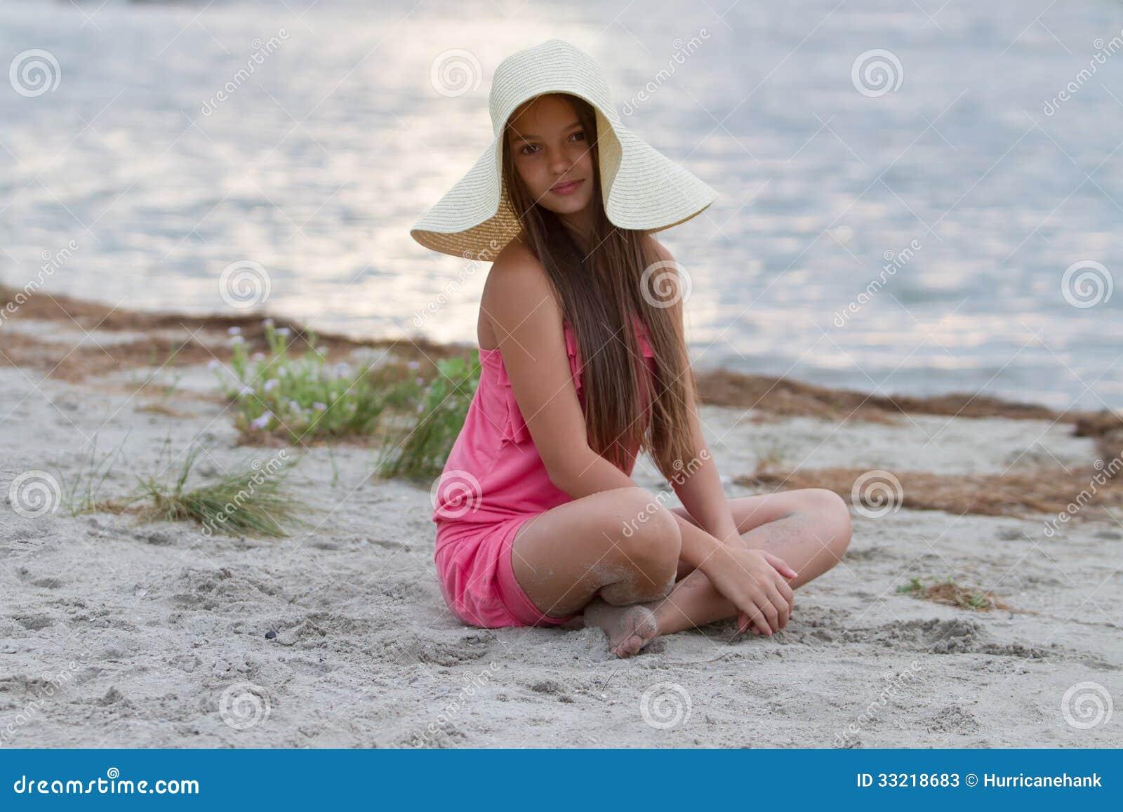 Young Teens And Small Pleasure Girl Ni 241 A Linda En El