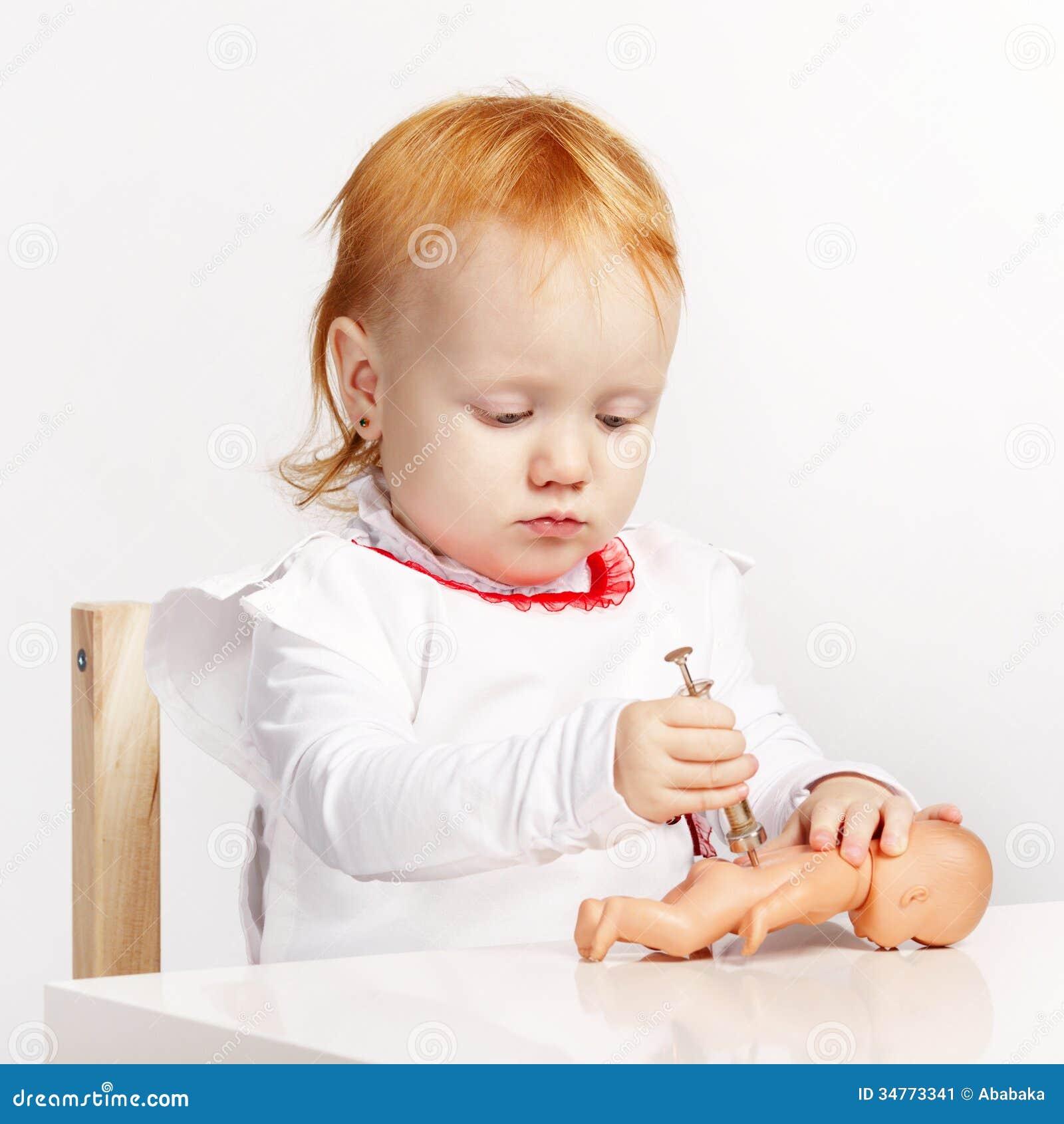 Doctor juega con mi pene