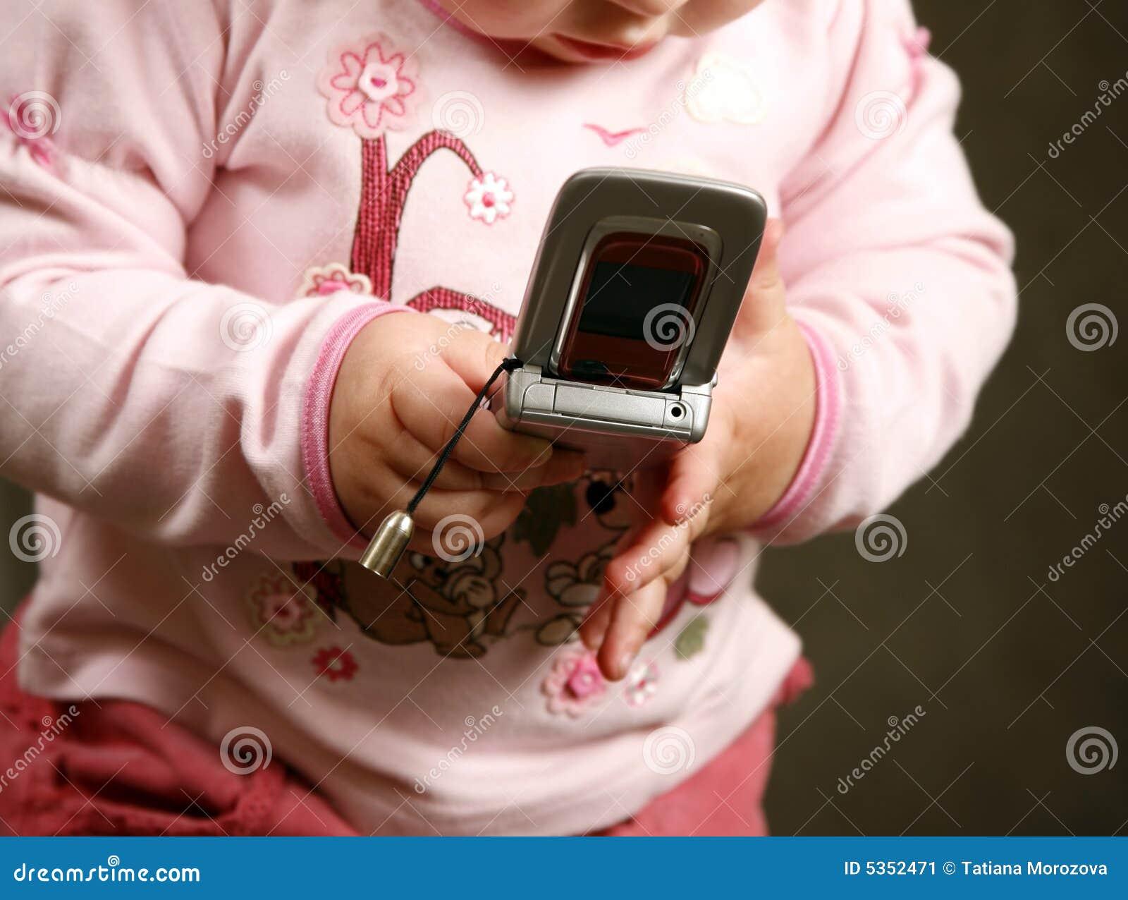 Niño con el teléfono