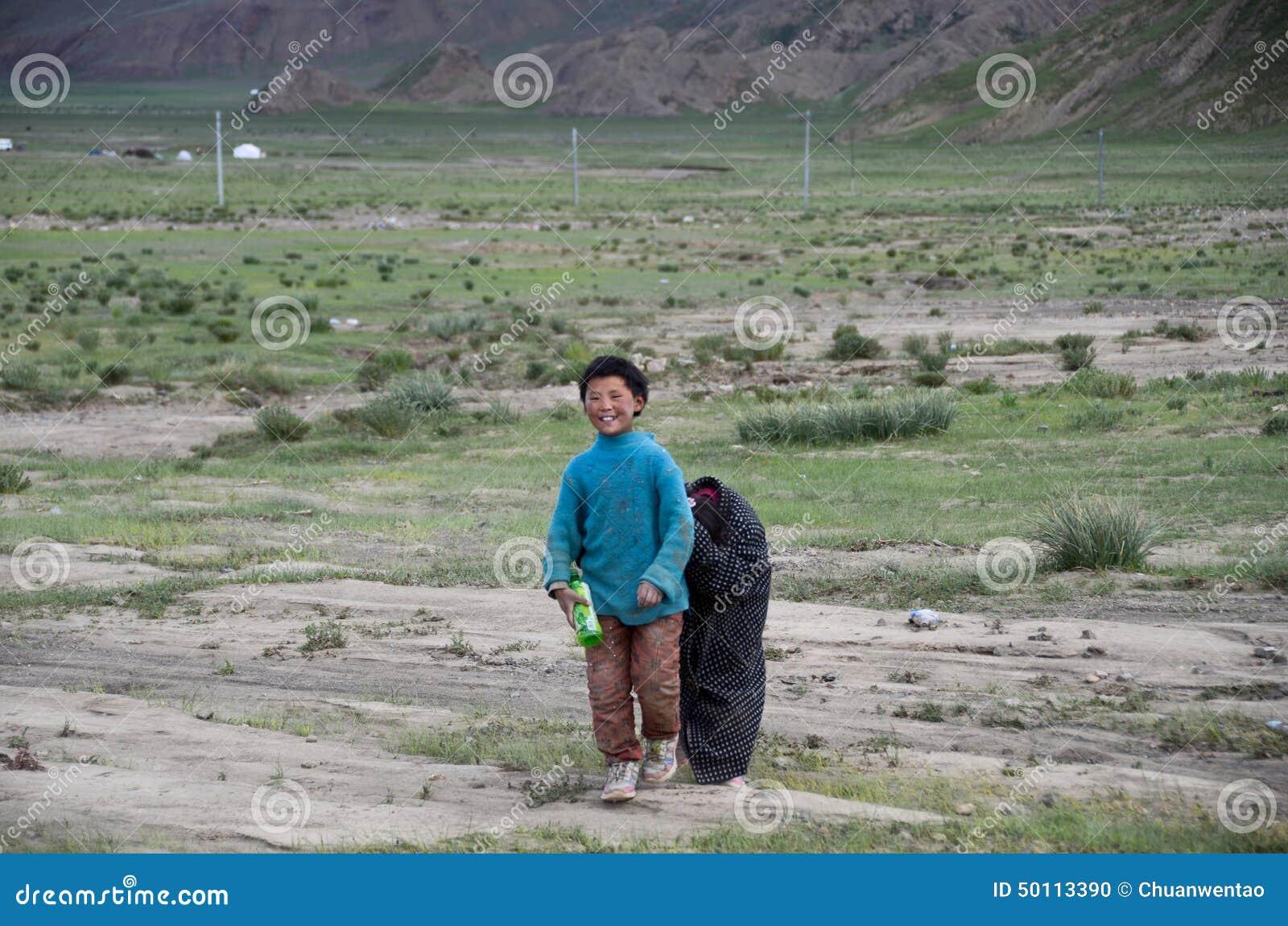 Niños rurales en Tíbet