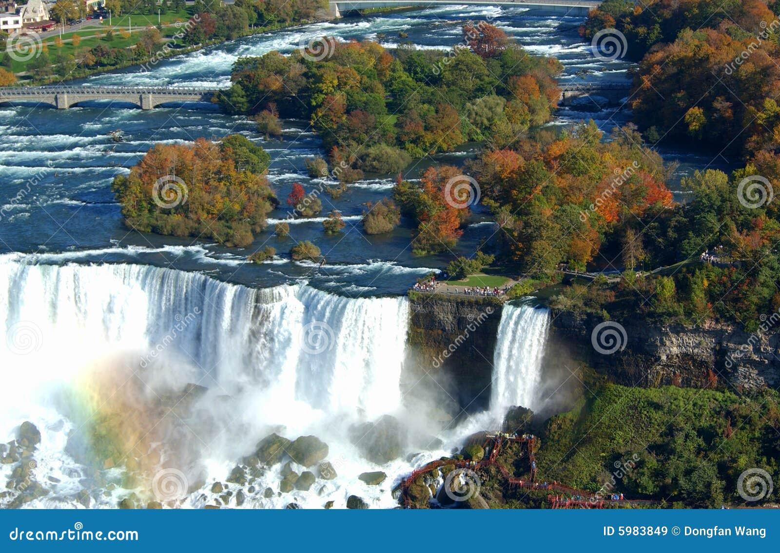 Niagara falls royalty free stock images image 5983849 for Niagara falls coloring page