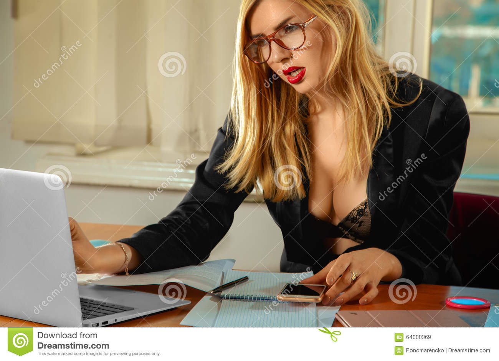 name hottie. Samantha mathis nude scene try best balance