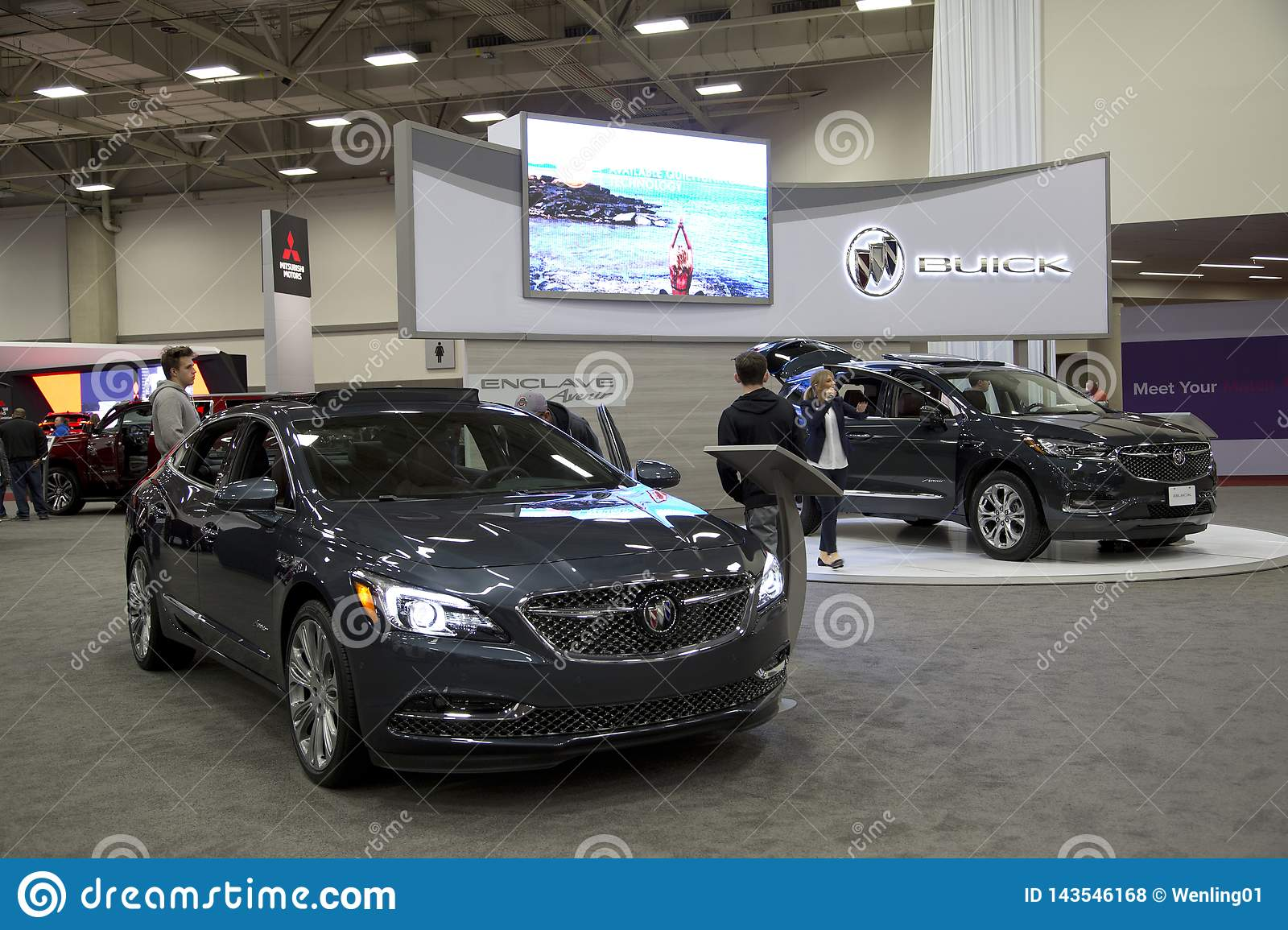 Dallas Auto Show >> People Visit Dfw Auto Show Dallas Tx Usa Editorial Stock