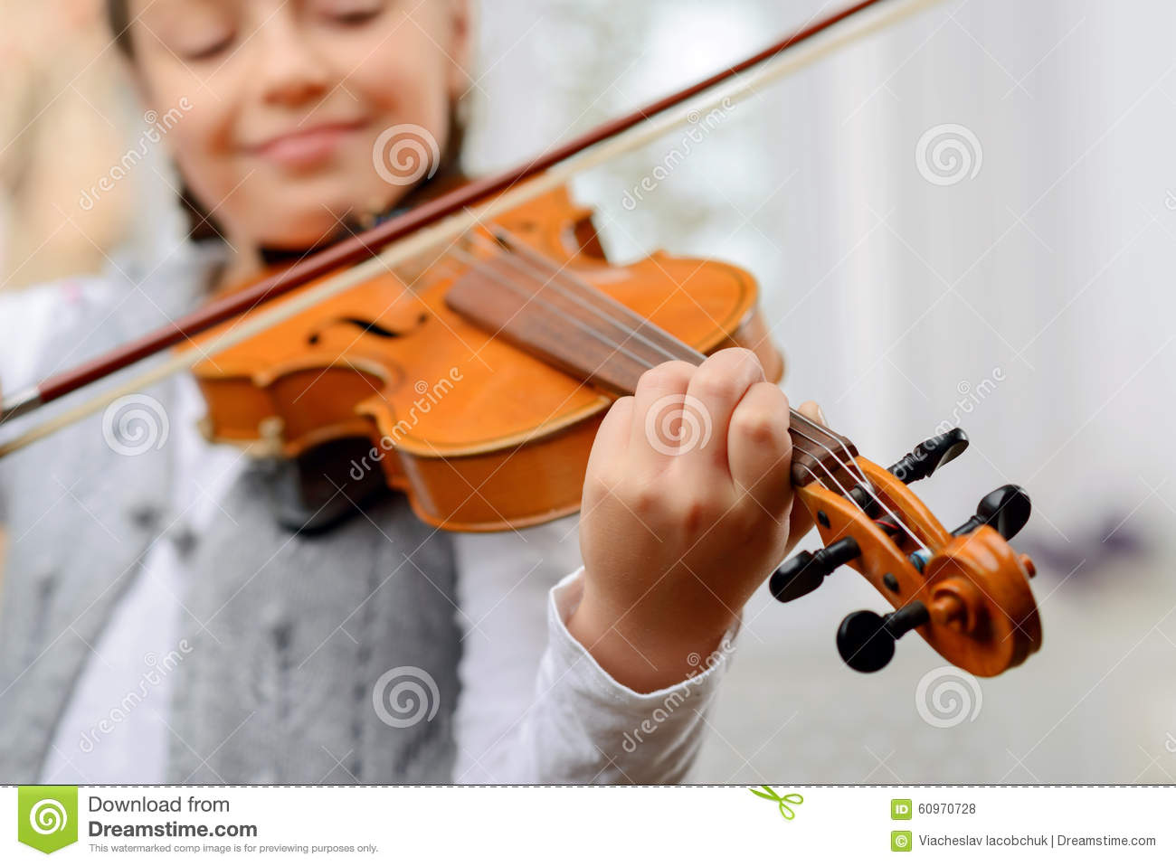 Nice Girl Playing The Violin Stock Photo - Image of learn
