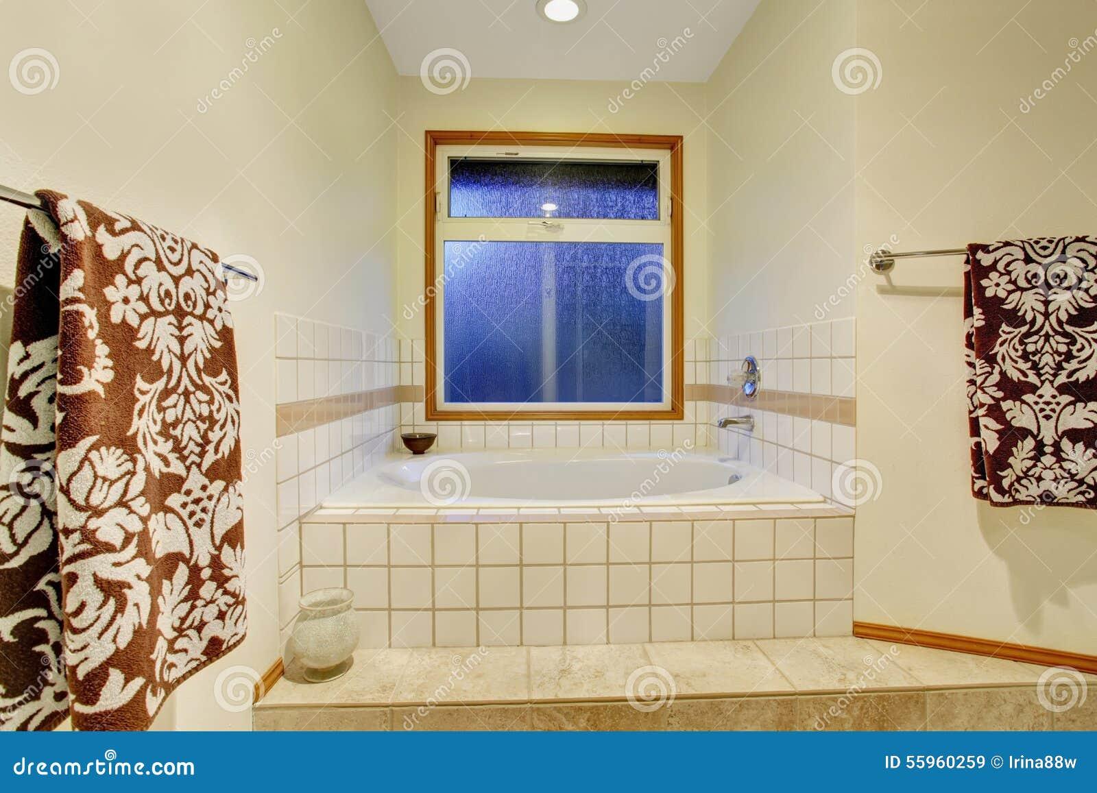 Nice Master Bathroom With Jacuzzi Tub. Stock Image - Image of brown ...