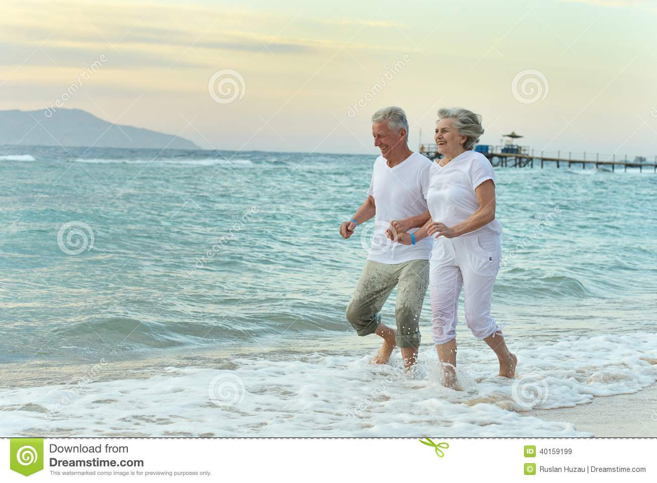 naket nice beach couple