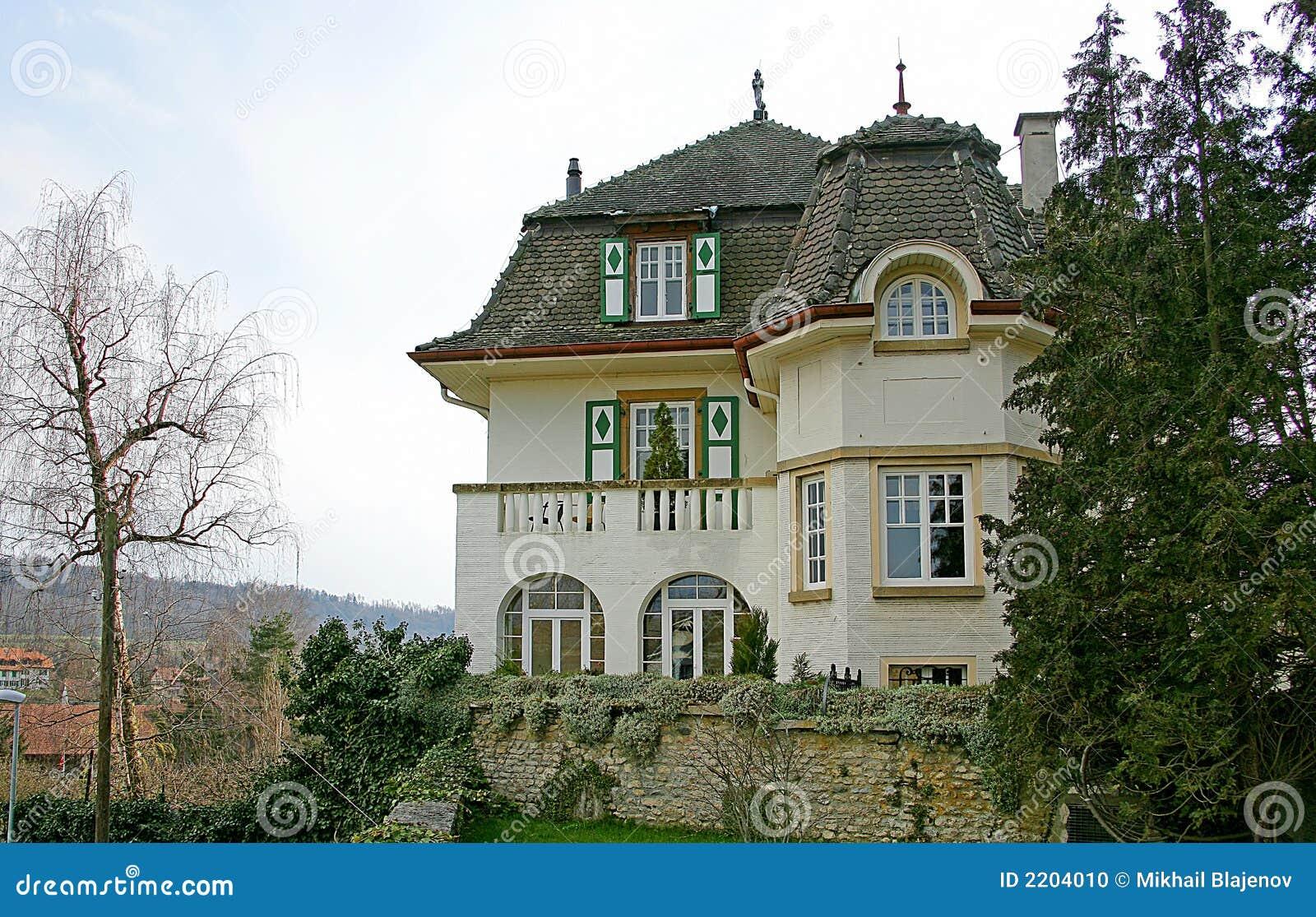 Photos of Swiss House for Rent - Chalet Kandersteg - RentVillas.com