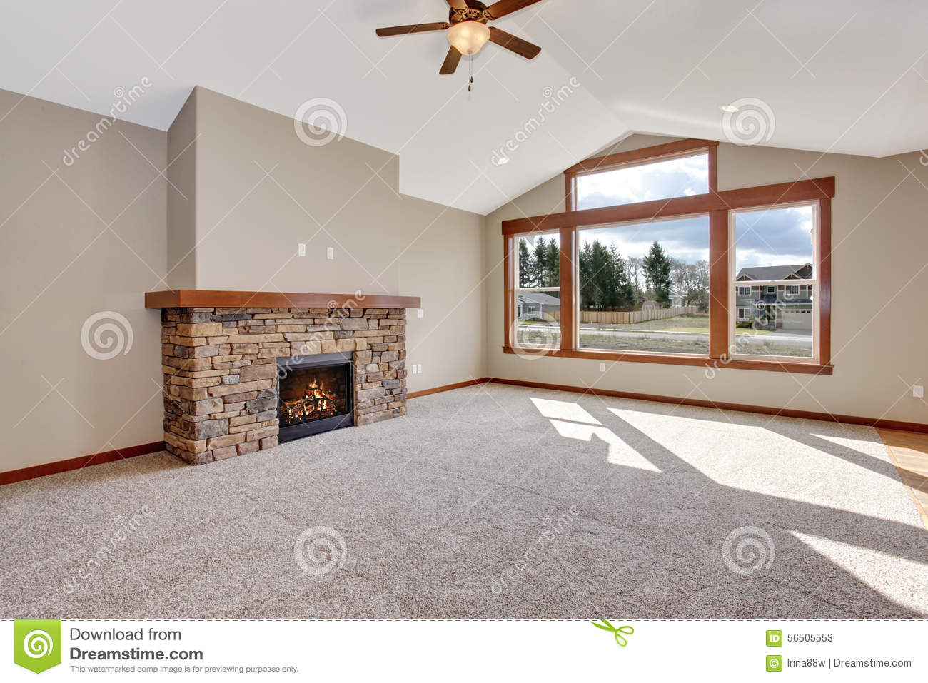 Delightful Nice Unfurnished Living Room With Carpet.