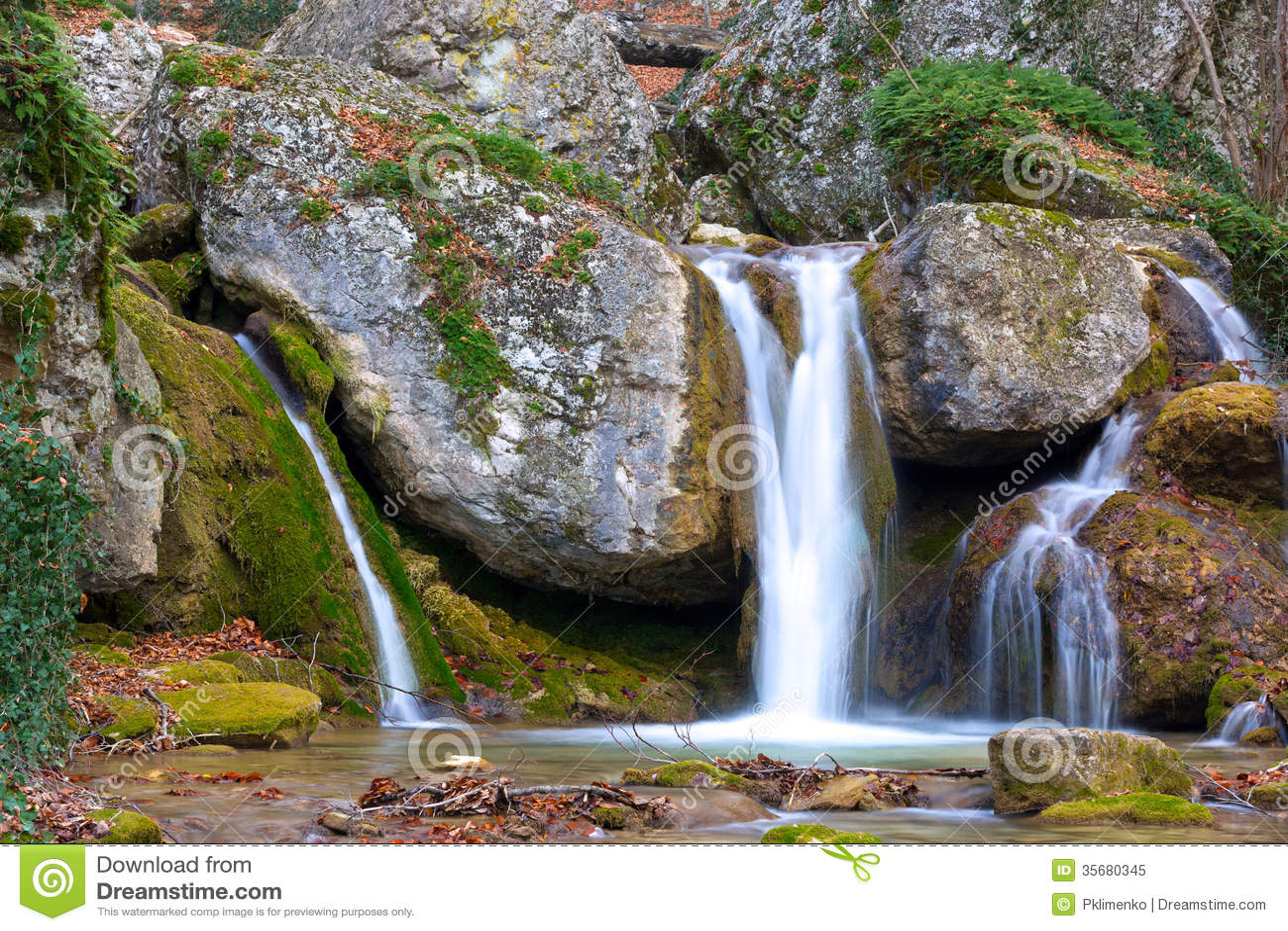 Nice Waterfall Stock Image. Image Of Rock, Splash, Park
