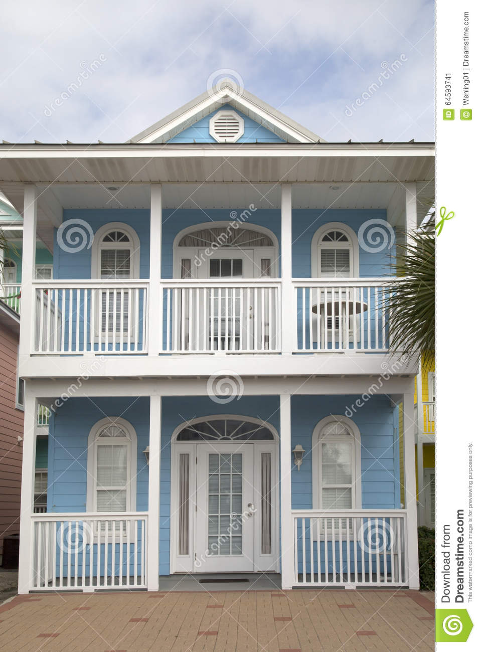 Image gallery house with balcony for Balcony synonym