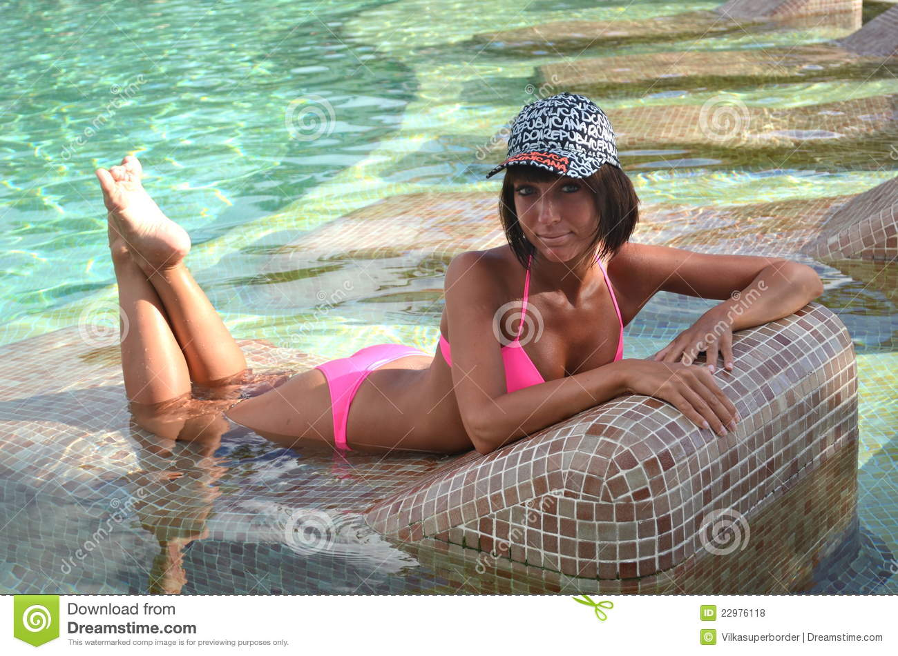 Nice Young Girl In The Swimming Pool Royalty Free Stock s Image