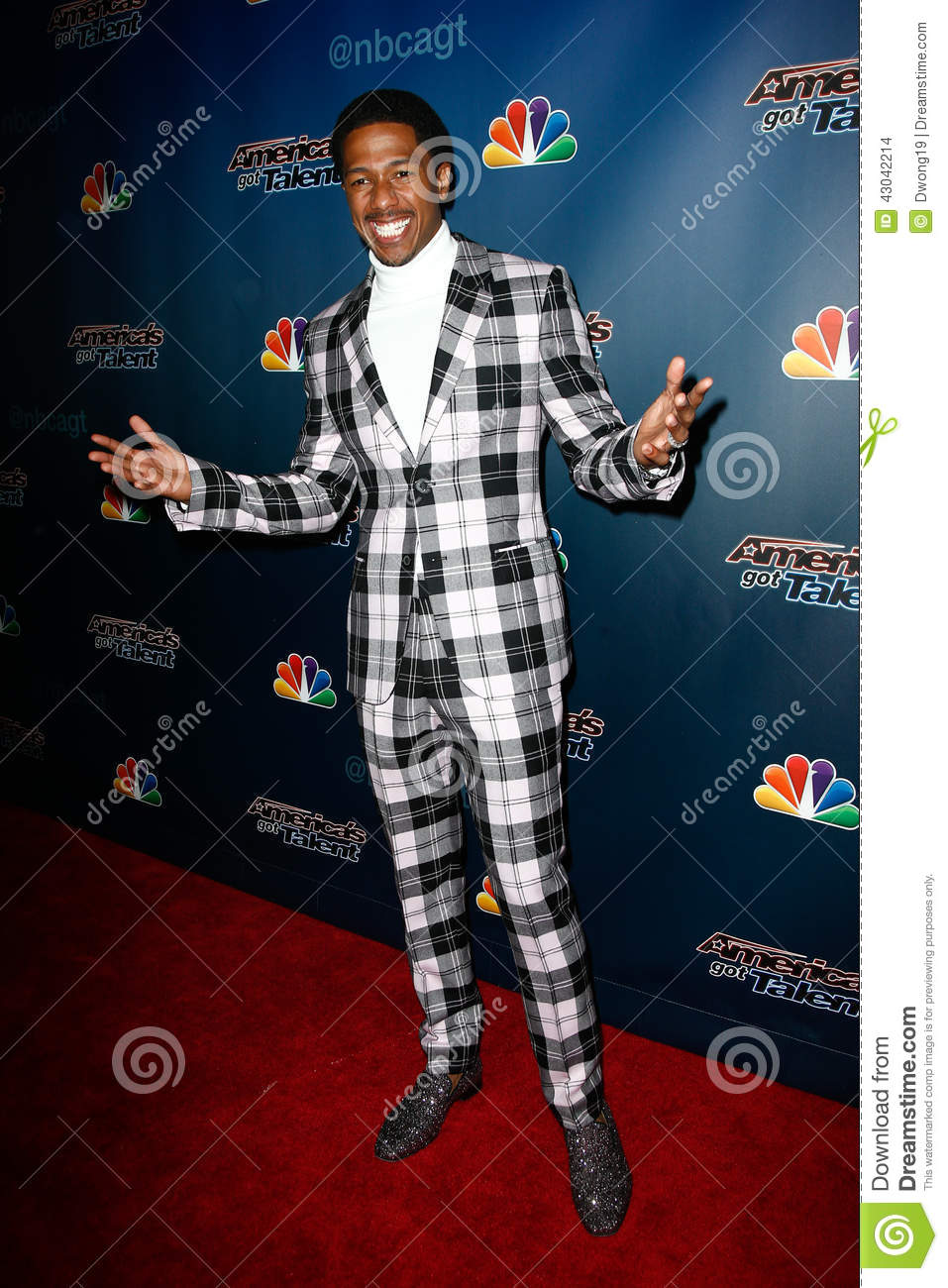 Download Nick Cannon editorial stock image. Image of city, music - 43042214