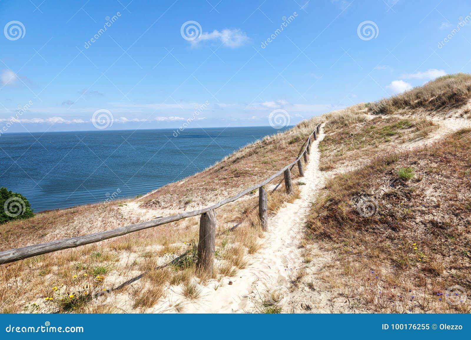Nida - escupitajo de Curonian y laguna de Curonian, Nida, Klaipeda, Lithua
