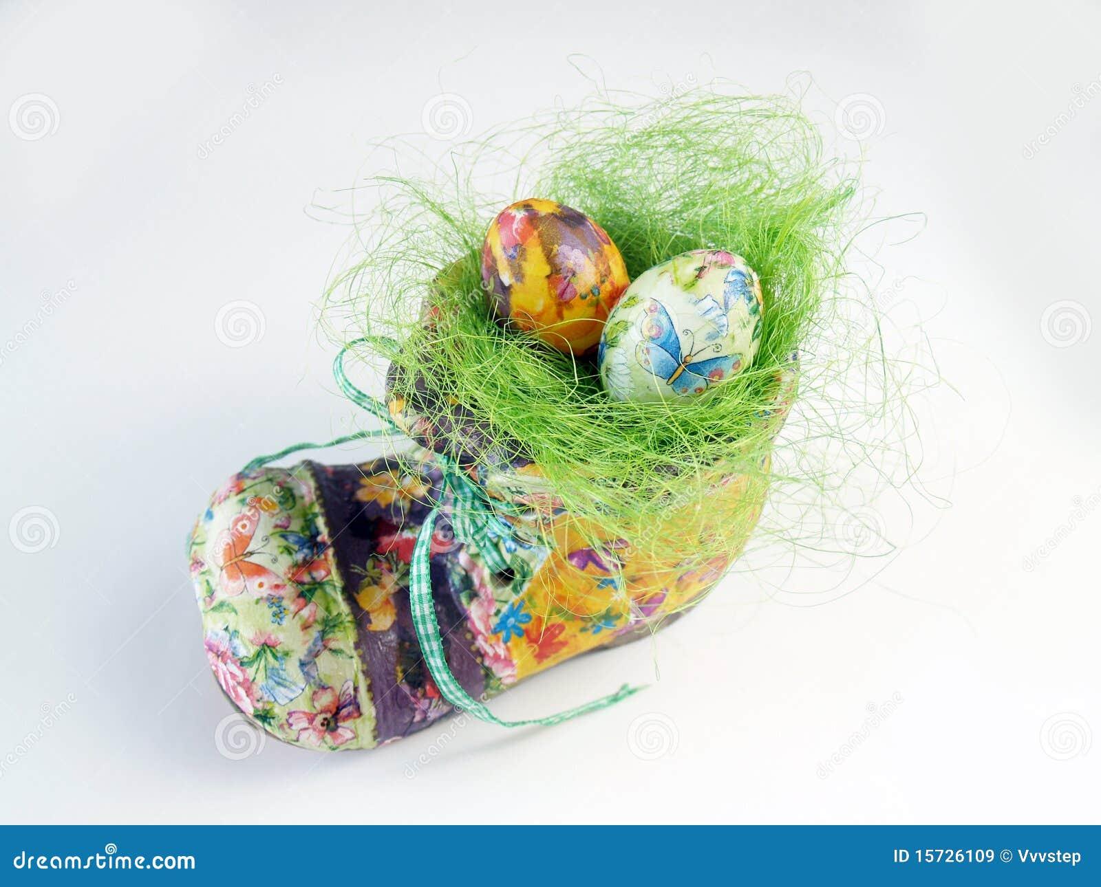 Nido di Pasqua nel pattino