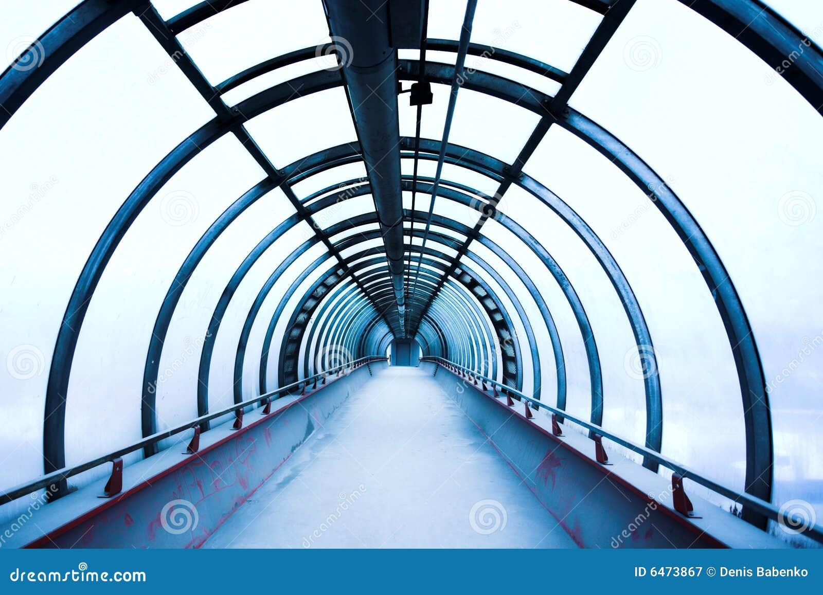 Niebieski korytarza szkła