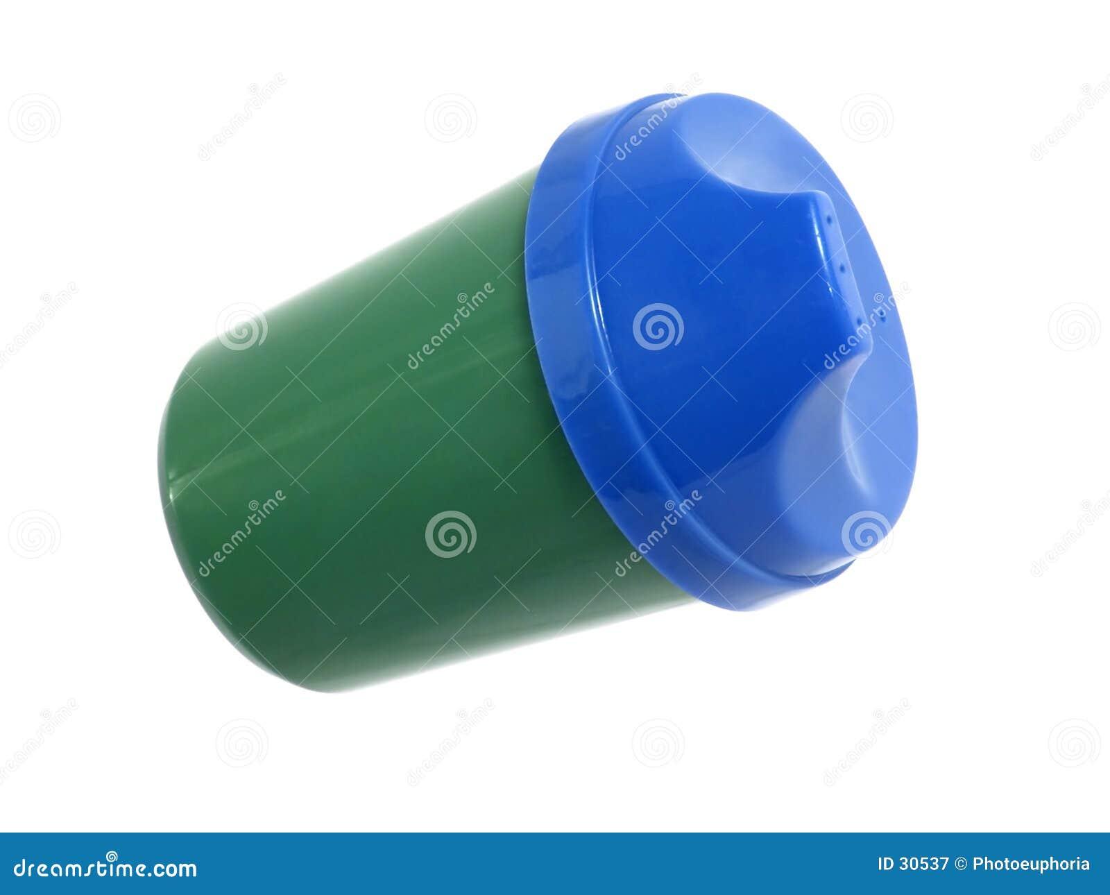 Niebieski kubki zielonych rzeczy paker gospodarstwa domowego