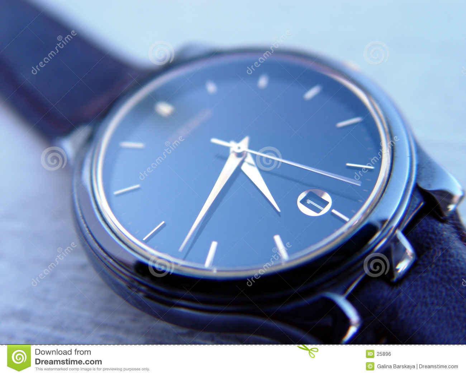 Niebieski zegarek