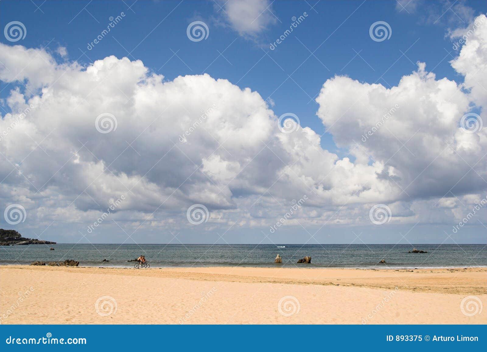 Niebo na plaży