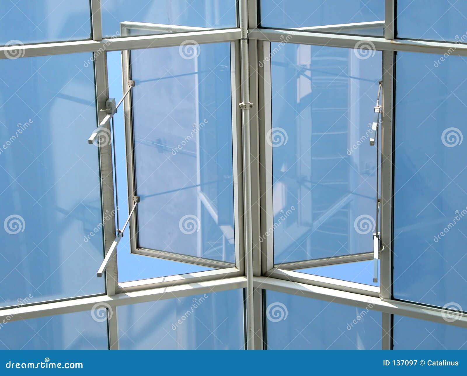 Niebo otwarte okno