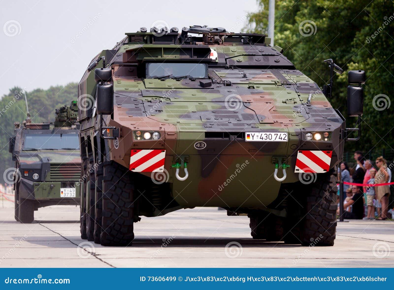 Niemiec opancerzony ambulansowy pojazd, bokser