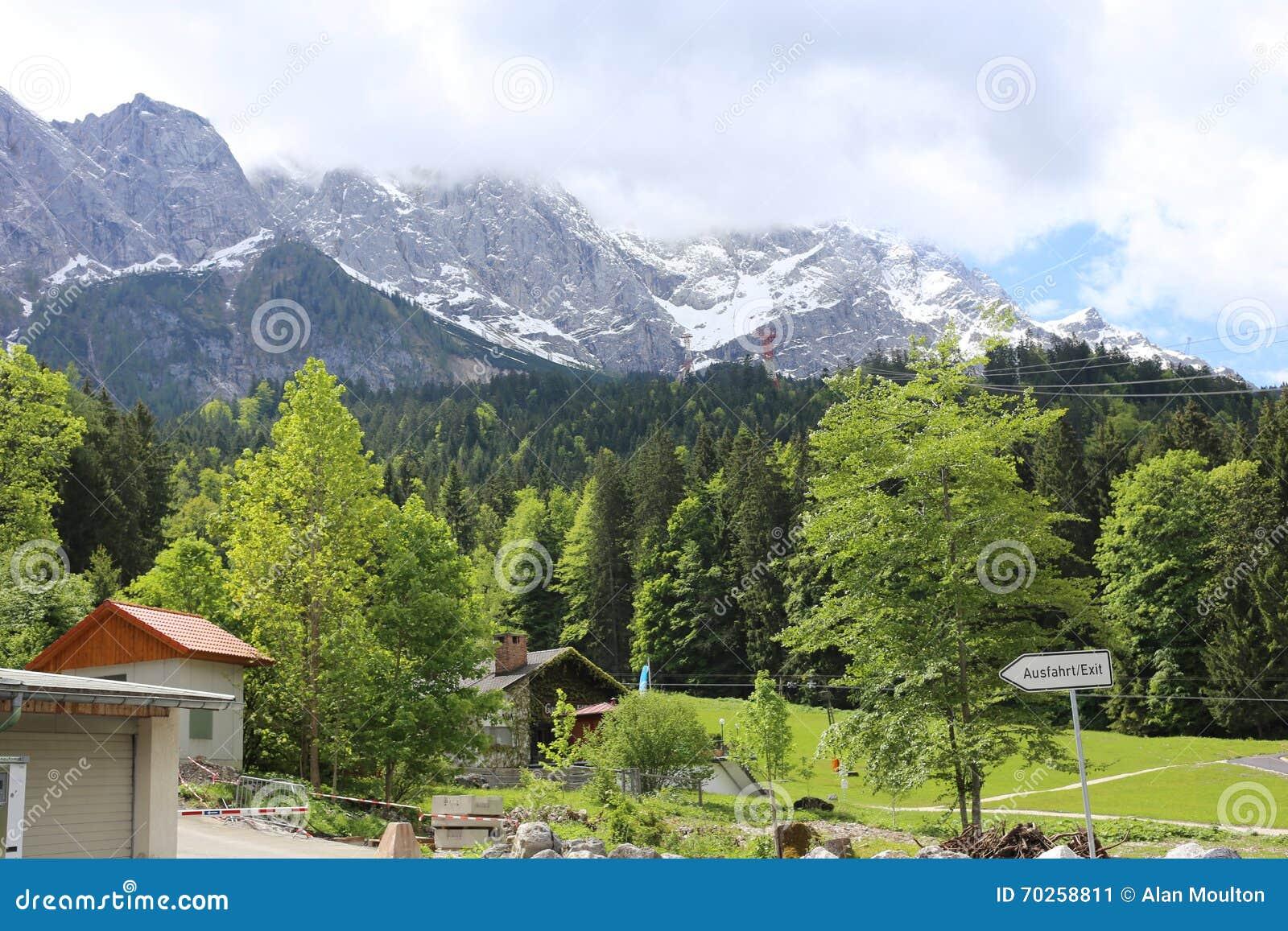Niemieccy Alps Podczas lata
