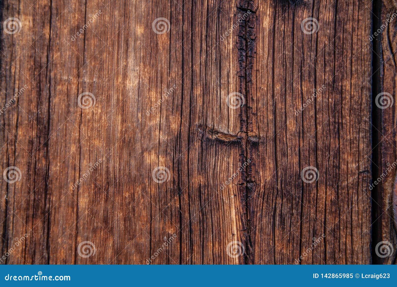 Nieociosanej stajni drewniany tło lub tekstura