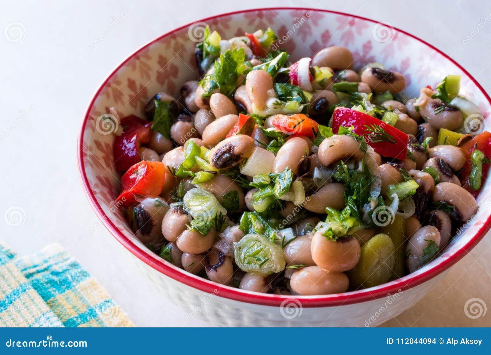 Nier Bean Salad met Tomaten, Peterselie en Dille/Borulce Salatasi/Salata