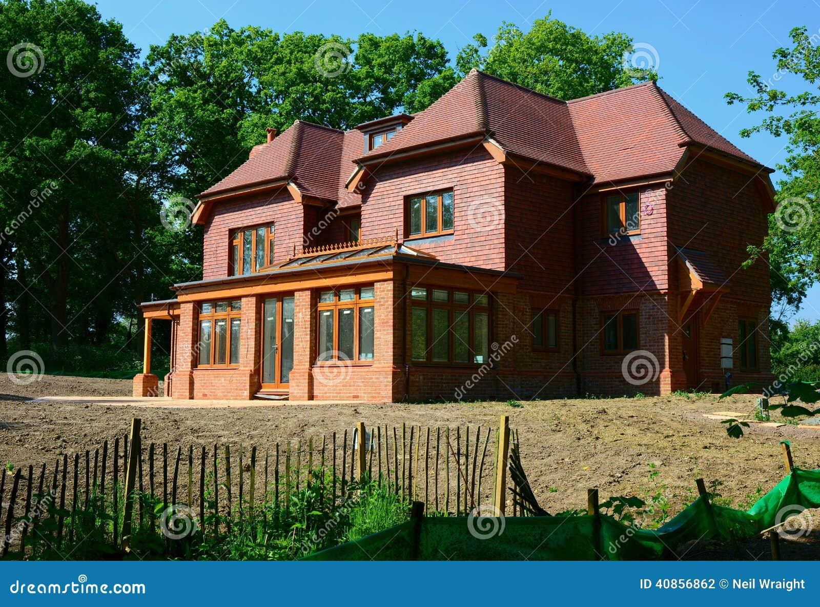Nieuw bouw losgemaakt huis