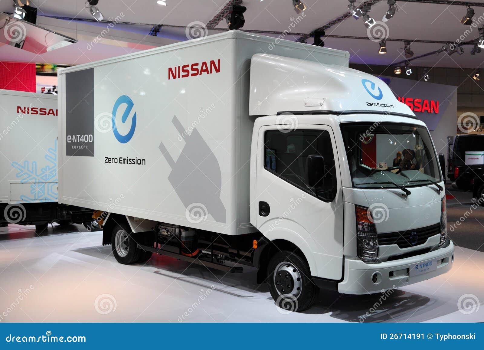 Nieuw Elektrisch Nissan E Nt400 Redactionele Foto Afbeelding