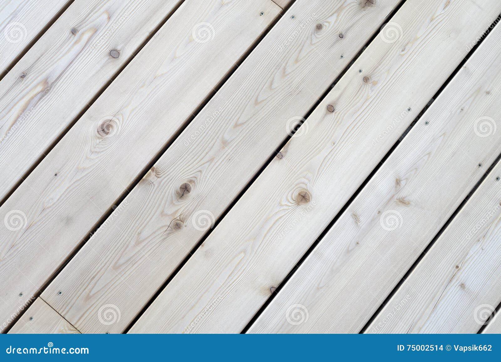 Nieuwe houten terrasvloer