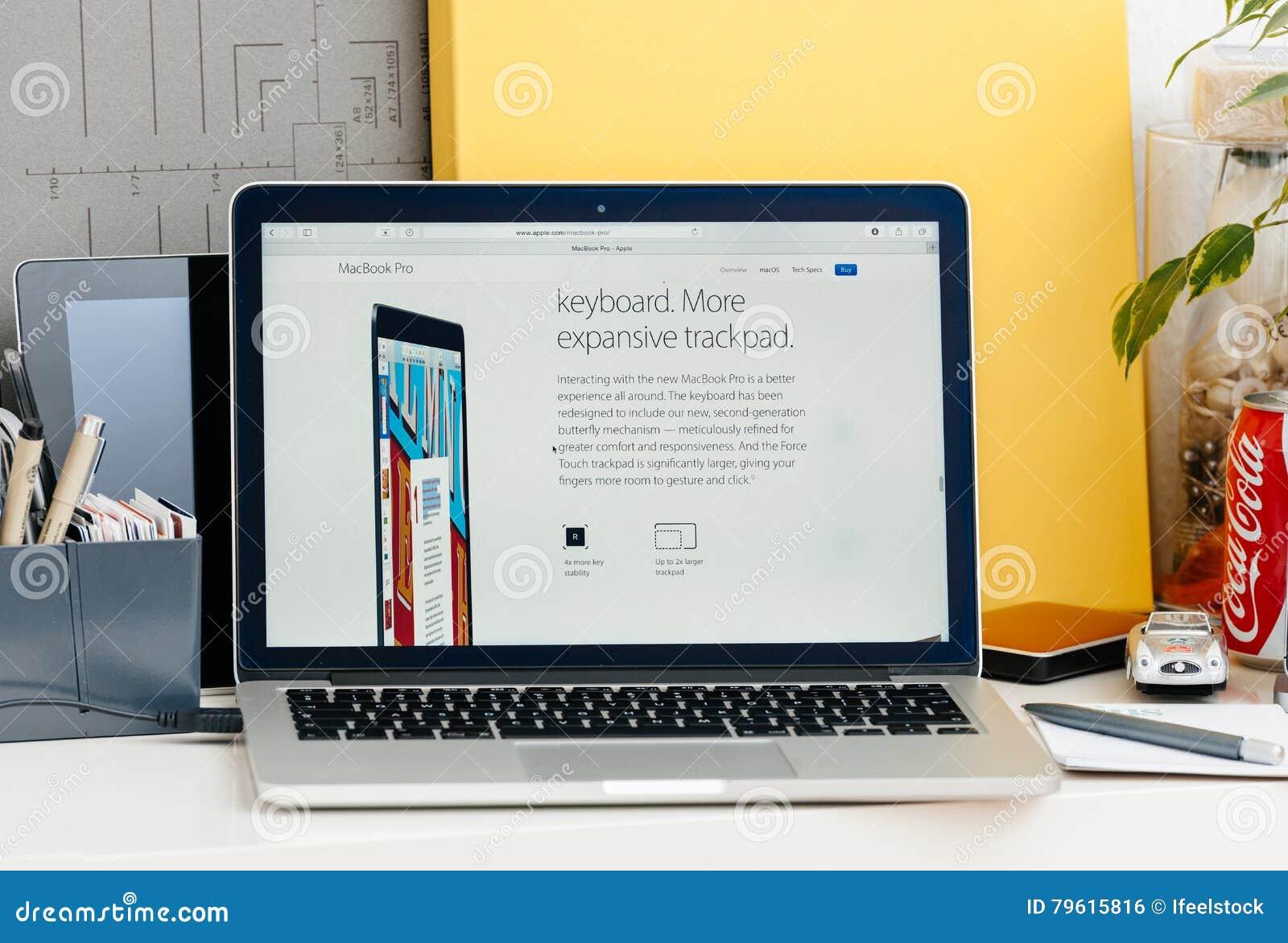 Nieuwe MacBook Pro-retina met aanrakingsbar met nieuw toetsenbord en trac
