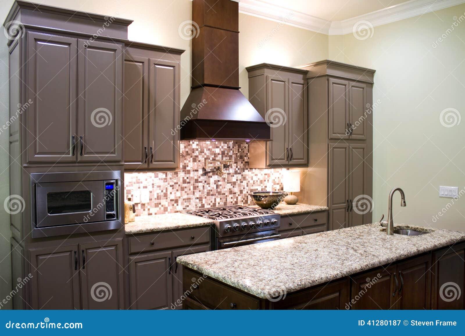 Nieuwe moderne keuken stock afbeelding afbeelding bestaande uit fornuis 41280187 - Fotos moderne keuken ...