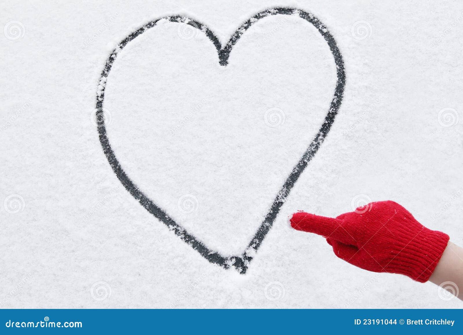 Nieve del invierno del corazón del amor