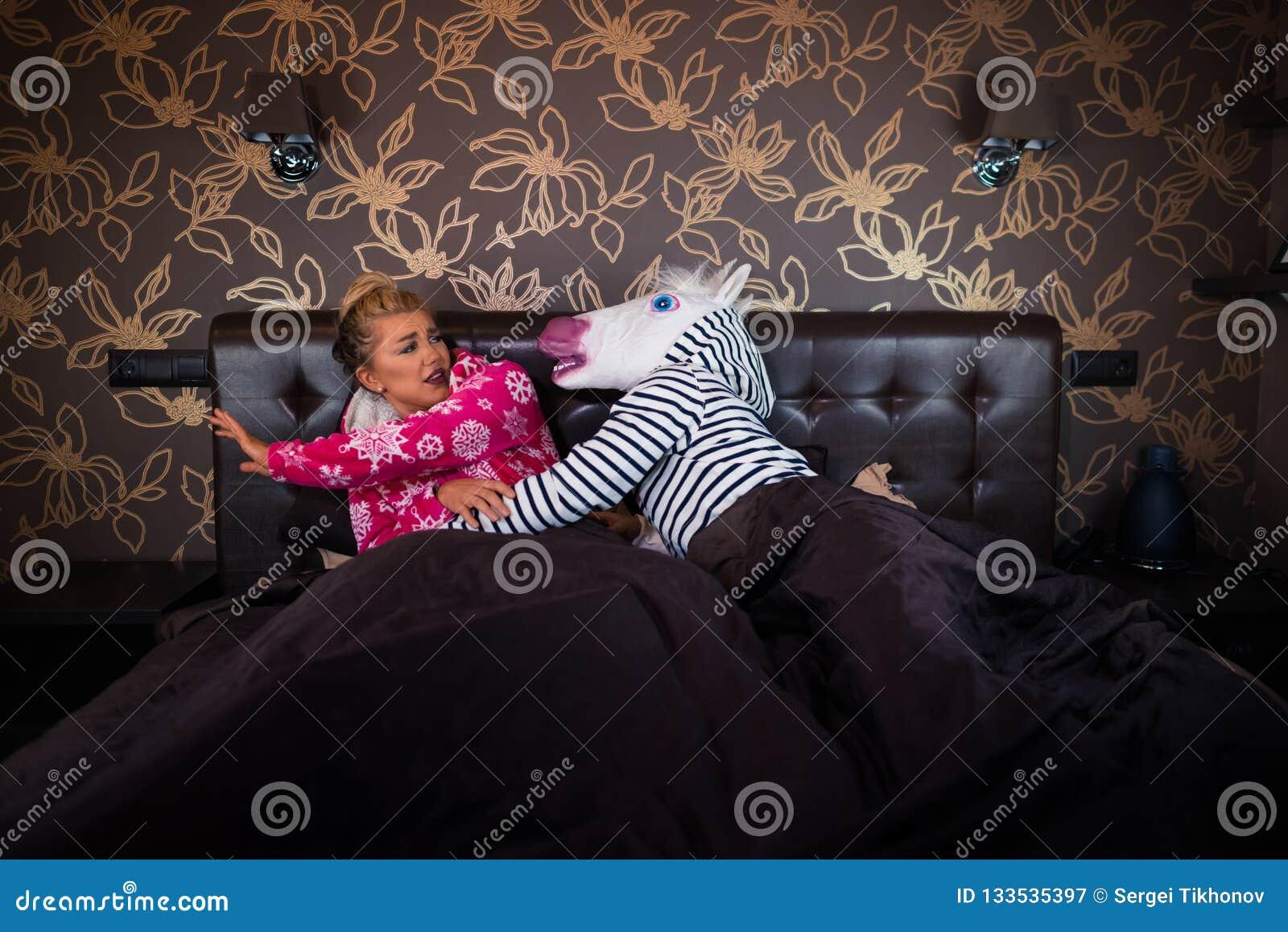 Niezwykli pary związku problemy w sypialni