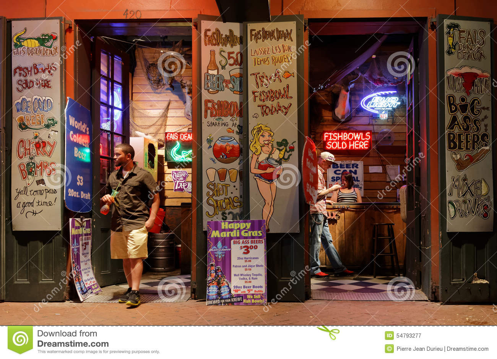 French strip clubs congratulate
