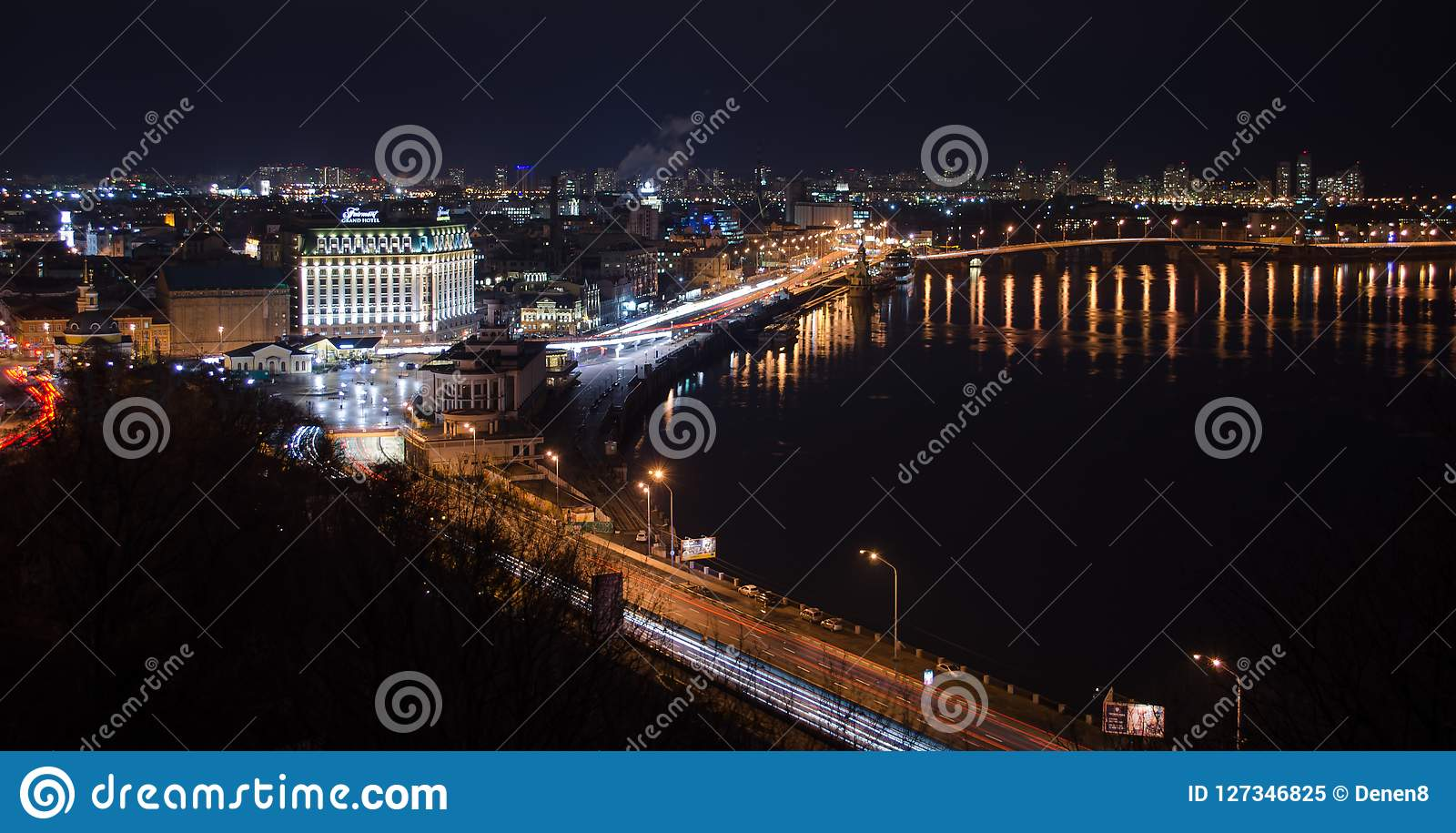 Night Kiev, Podol