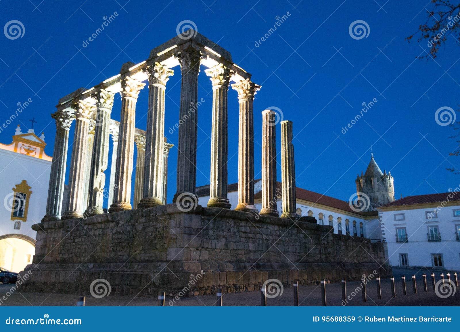 Night picture of the roman temple of Evora (Portugal).