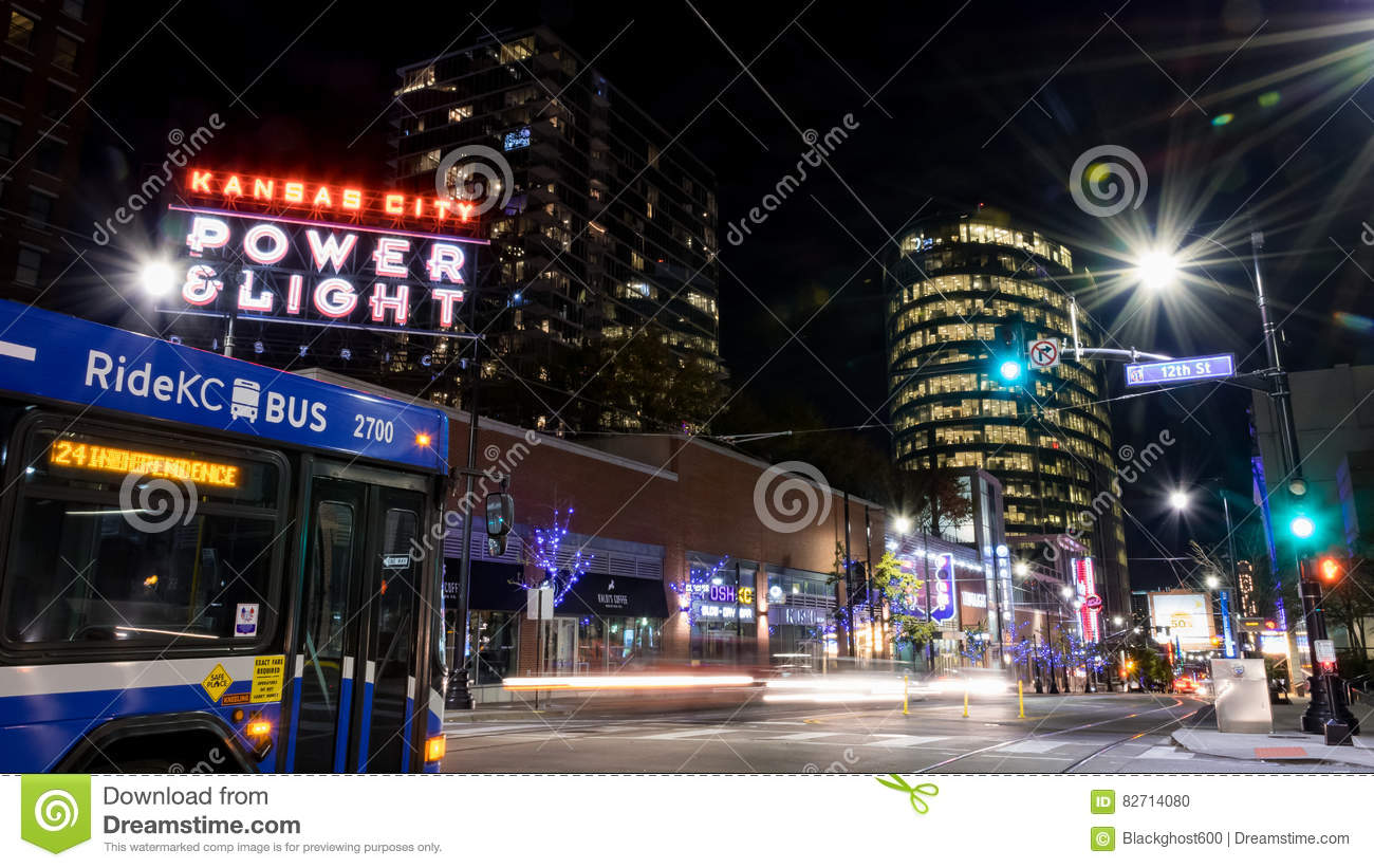 Restaurants In The Power And Light District In Kansas City