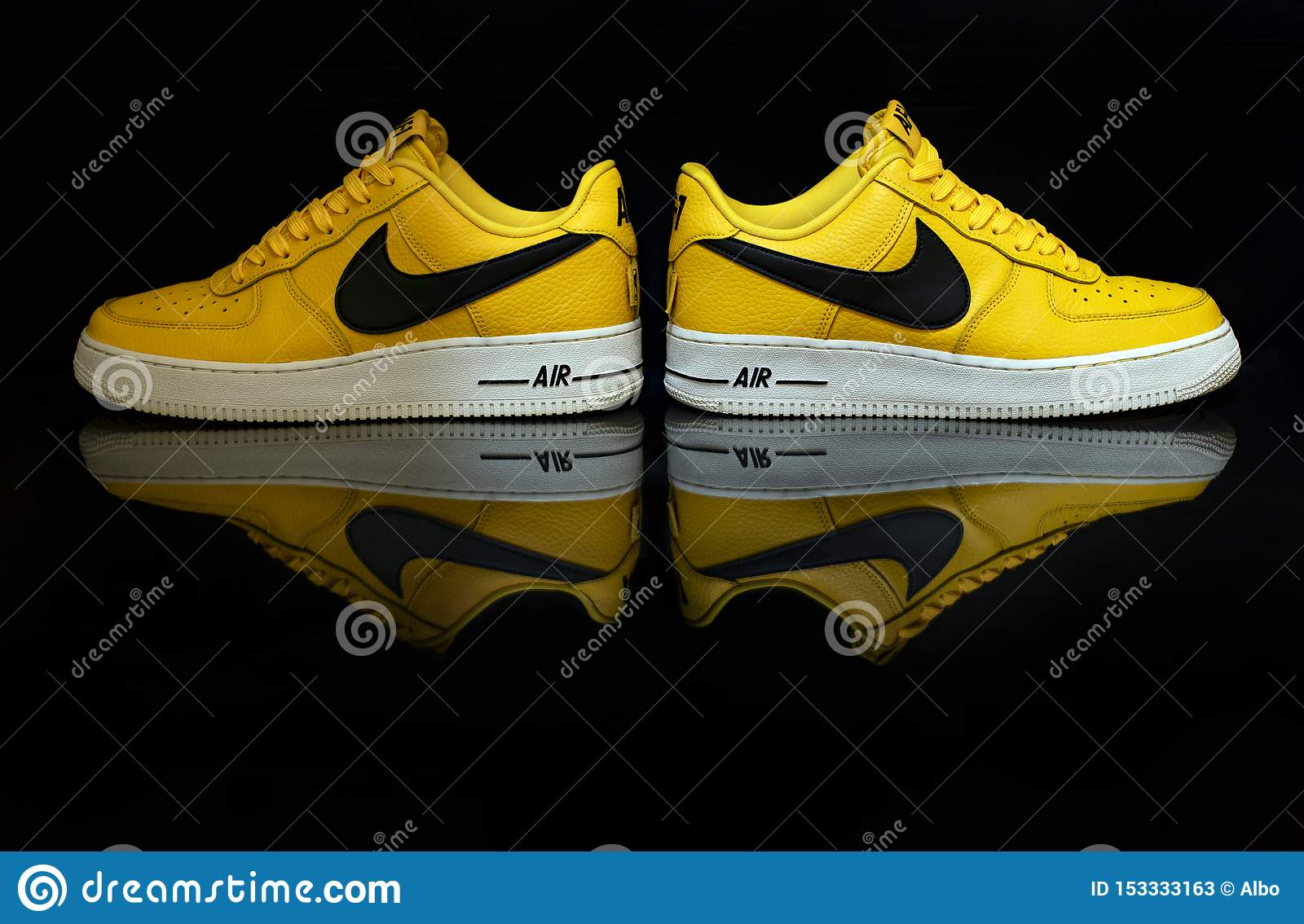 oriental Monje galería  Yellow Nike Air Force editorial stock photo. Image of background - 153333163