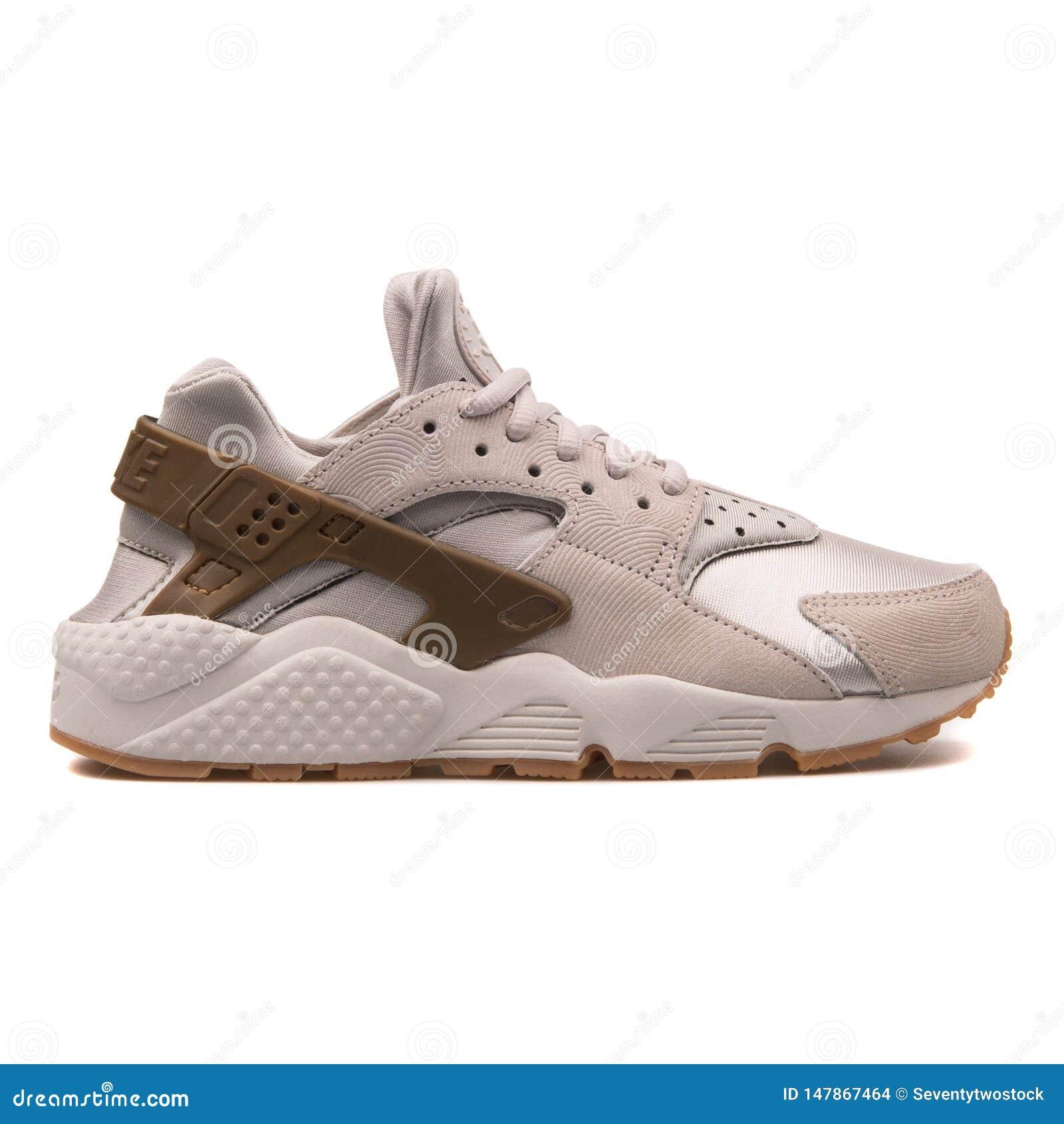 Nike Air Huarache Run Premium Suede Grey Sneaker Editorial Stock ...
