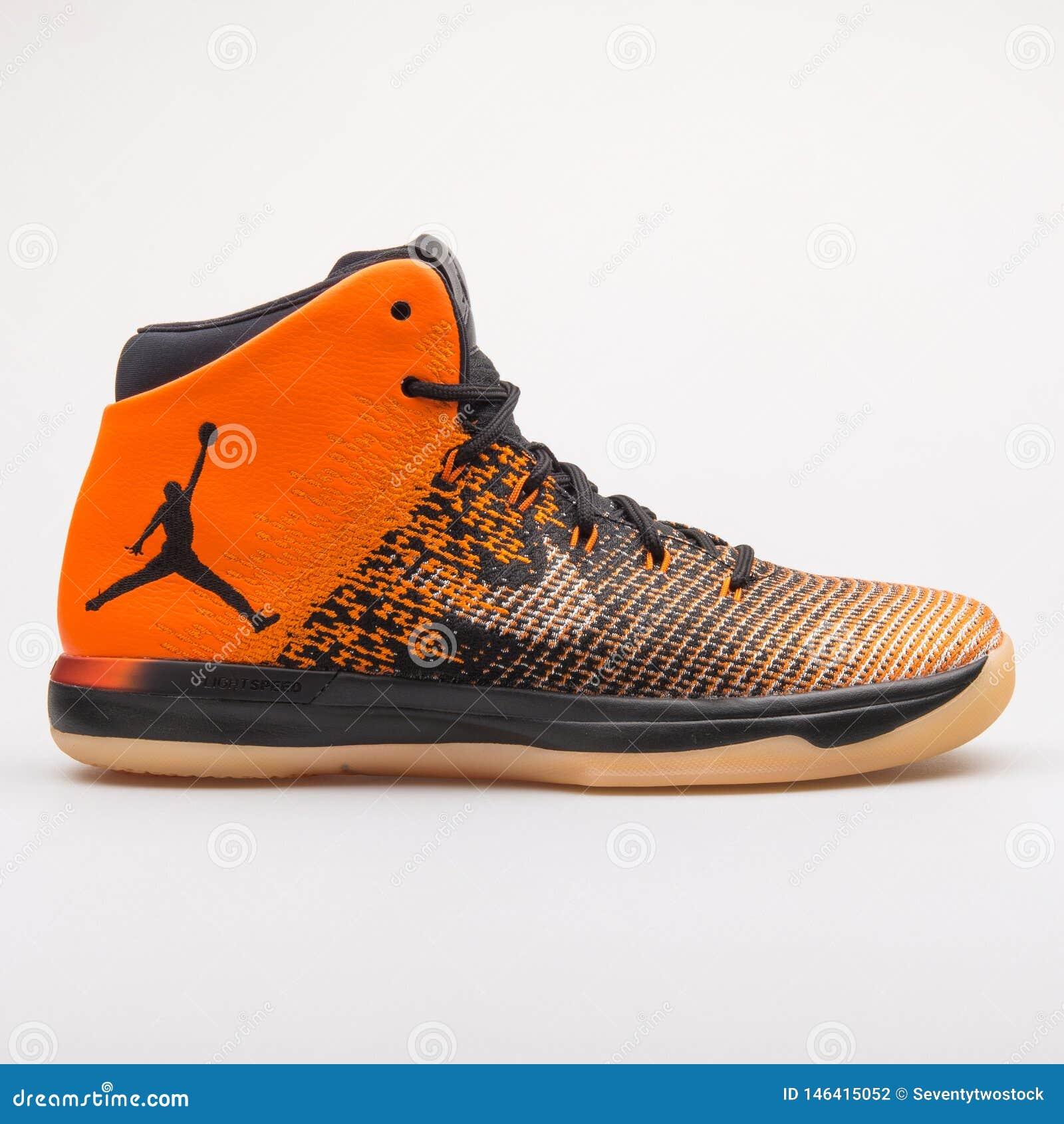 scarpe da tennis jordan