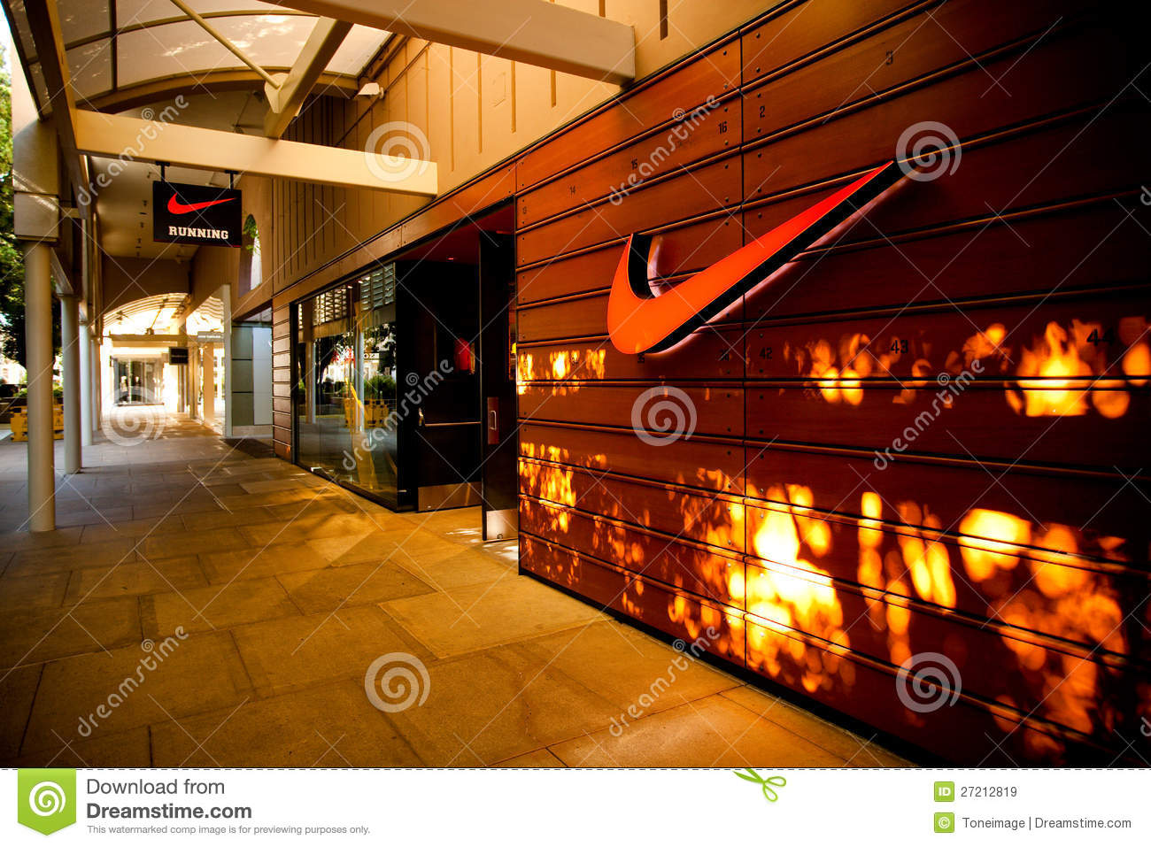 18f8cb20fb32c nike shopping