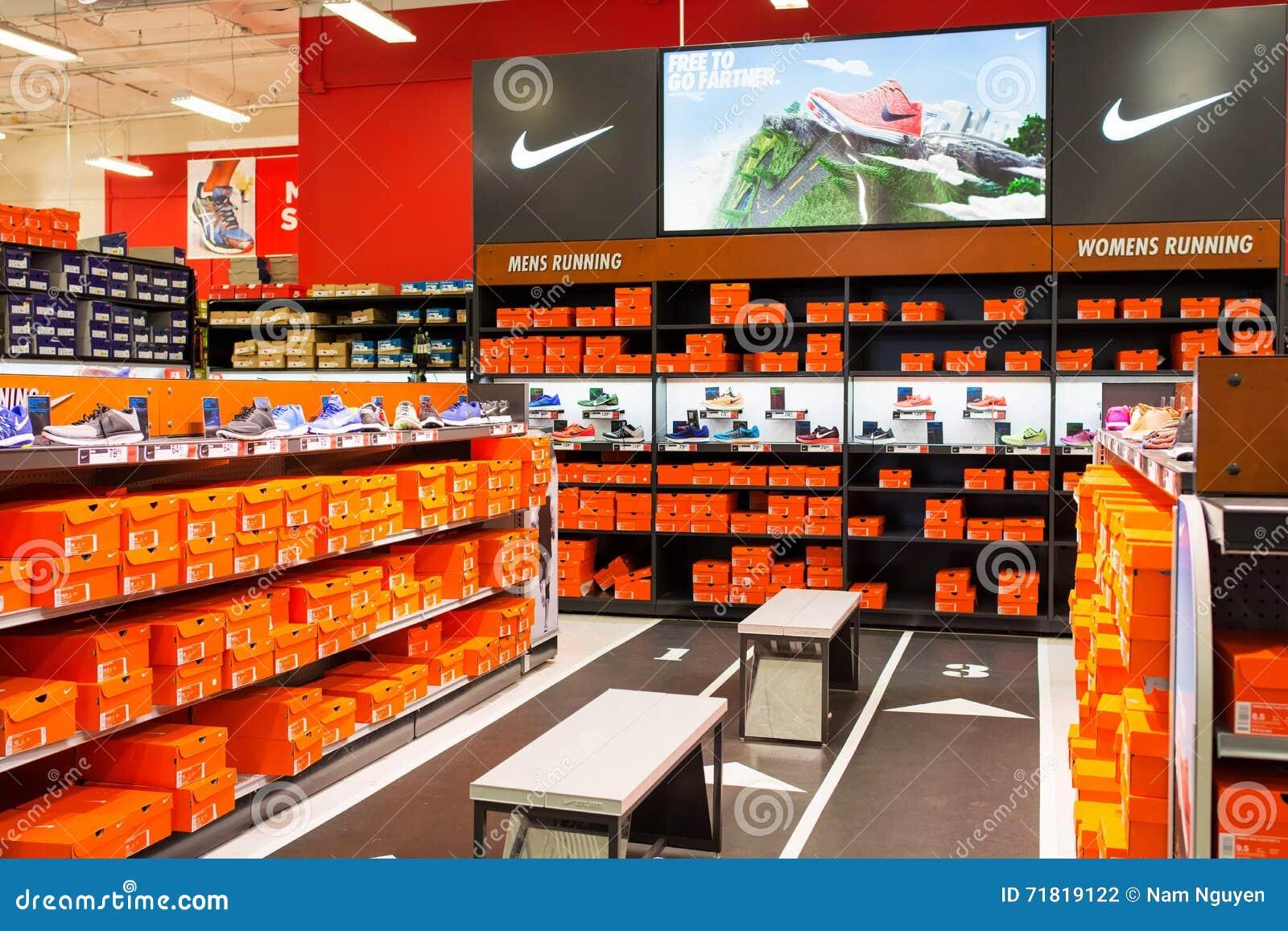 Nike sekcja przy sport władzy Sportowymi towarami