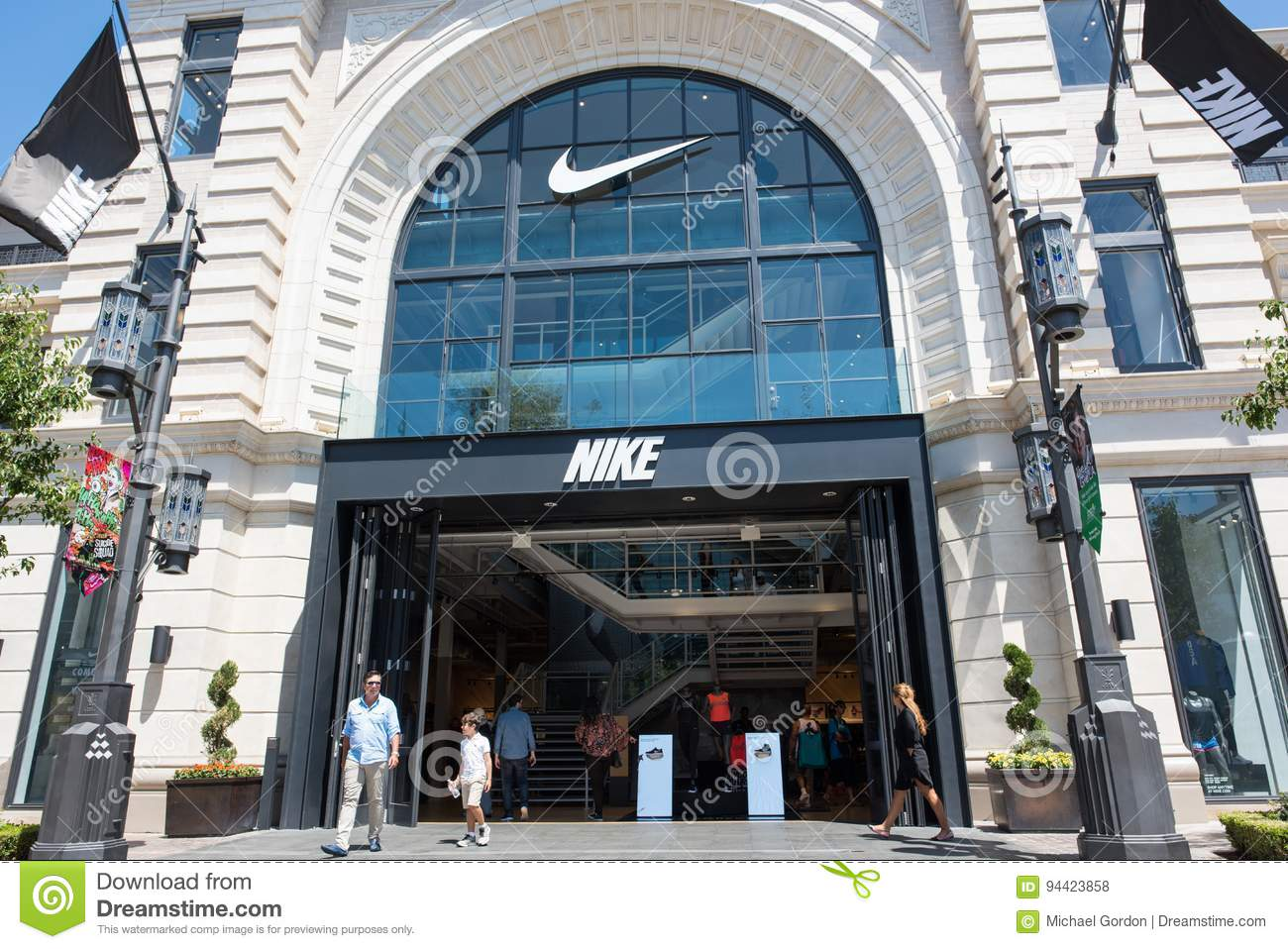 Nike Store At The Grove In Los Angeles Editorial Stock Photo ...